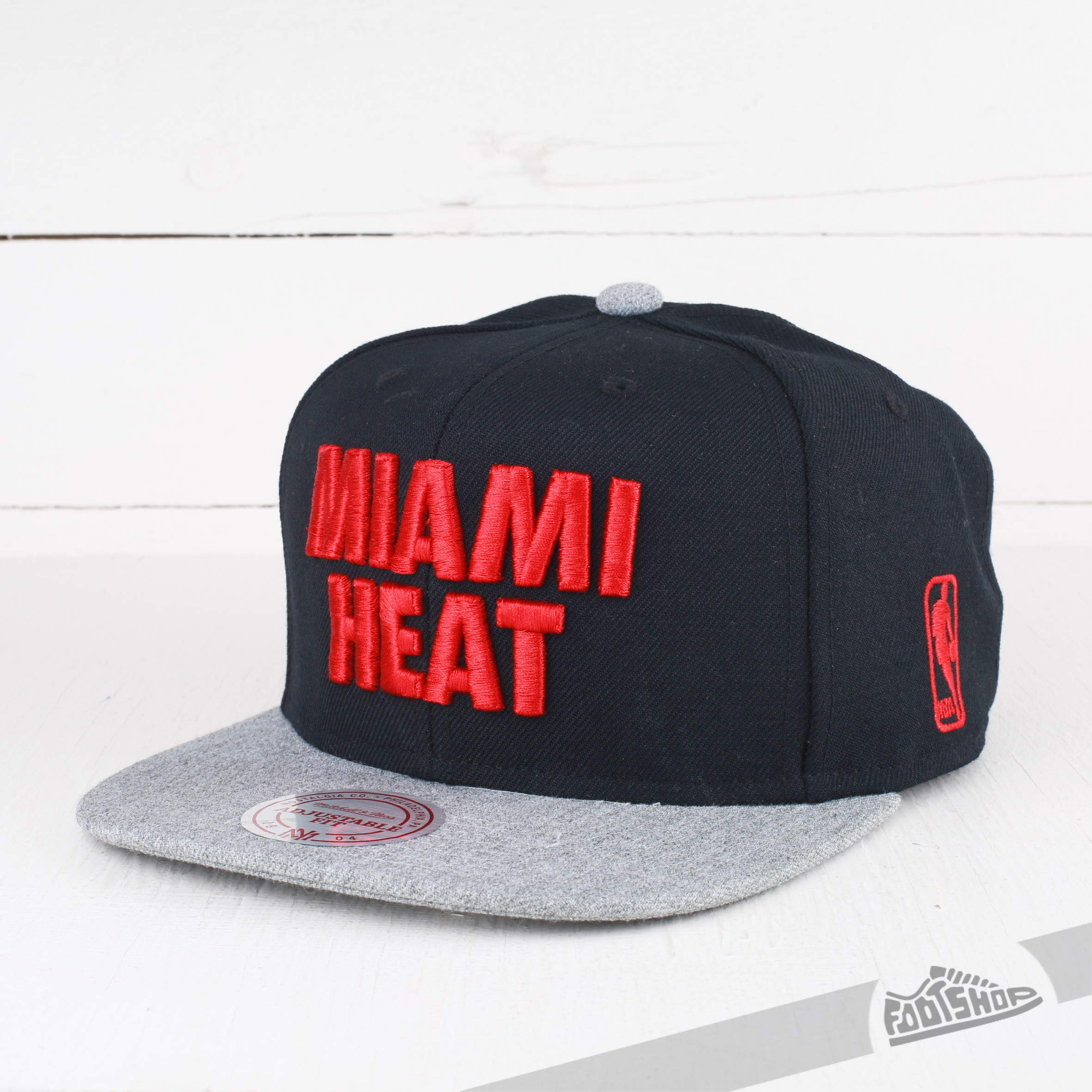 Mitchell & Ness Cap Forces SB NBA Miami Heat