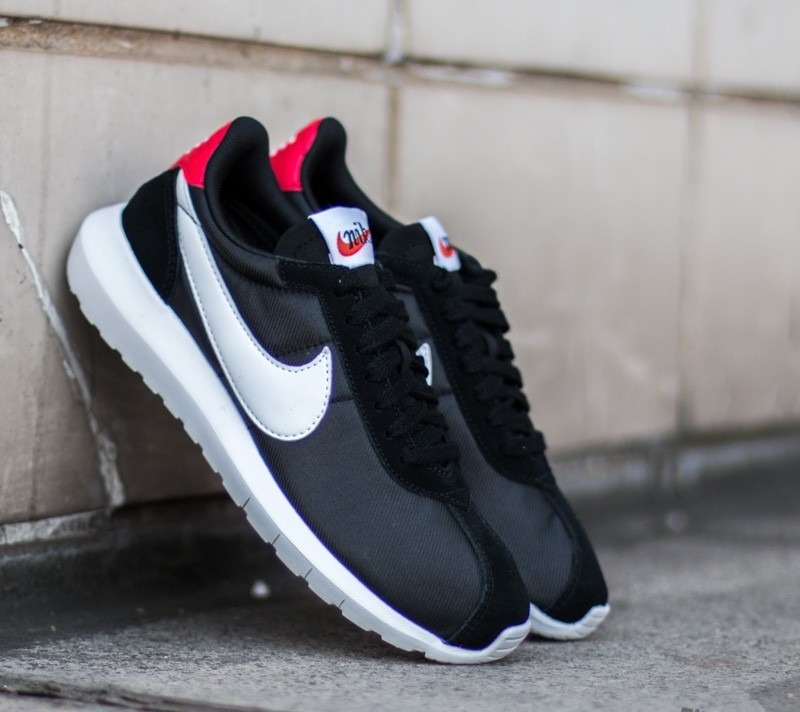 Nike W Roshe LD-1000 Black/ White- University Red- TM Red