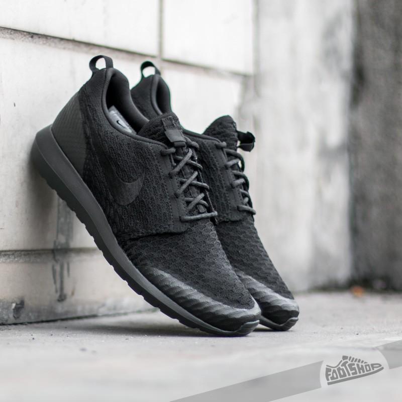 Nike Roshe NM Flyknit SE Black/ Black