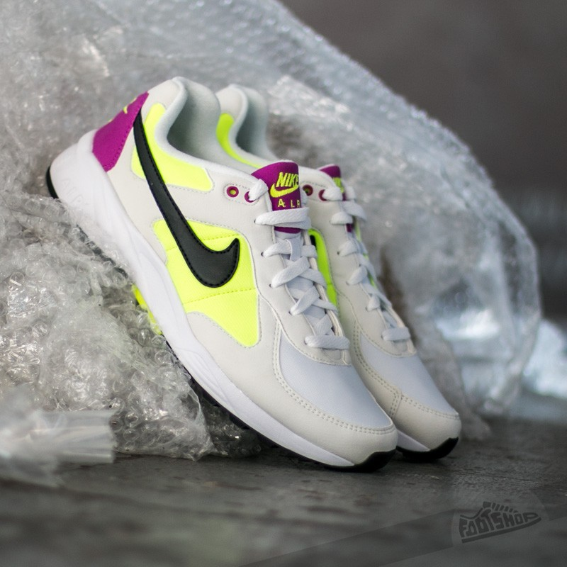 Nike Air Icarus Nsw Summit White/ Black- Volt/ Fucshia Flash