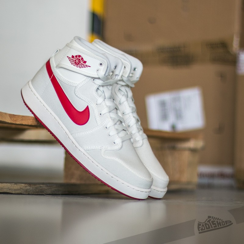 Air Jordan 1 KO High OG Sail/ Varsity Red