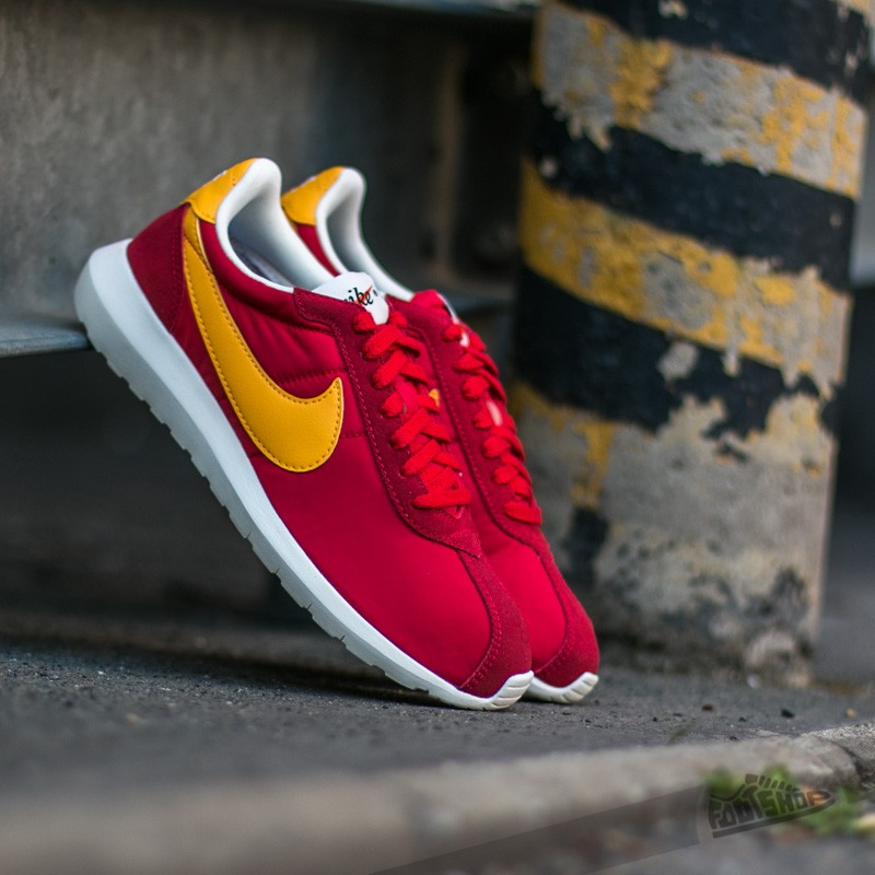 Nike Roshe LD-1000 University Red/ University Gold Steel