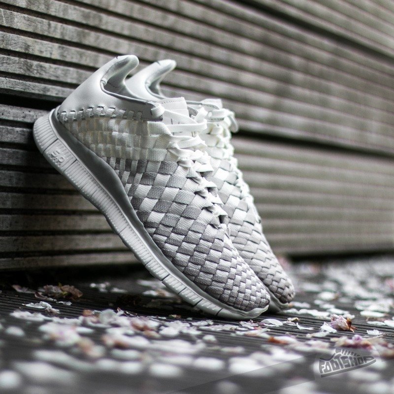 Nike W Free Inneva Woven Sail/ Light Bone-Light Iron Ore Footshop – FR