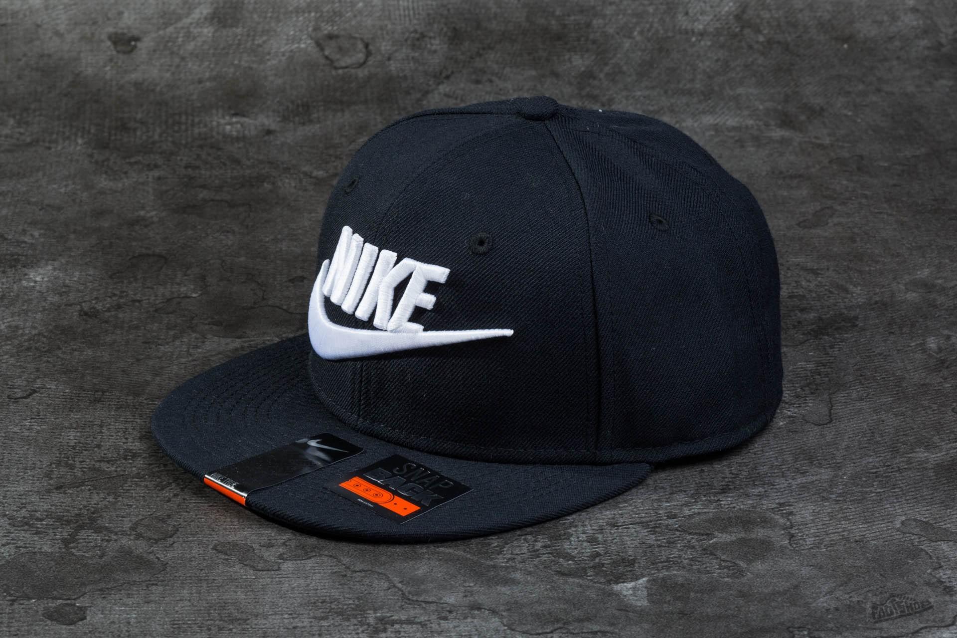 Nike Limitless True Snapback Black