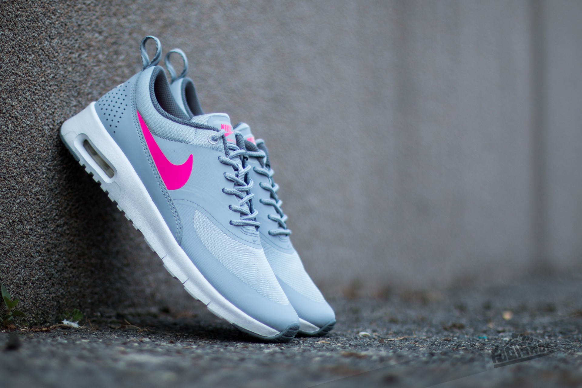 Nike Air Max Thea (GS) Wolf Grey/ Hyper Pink-Cool Grey