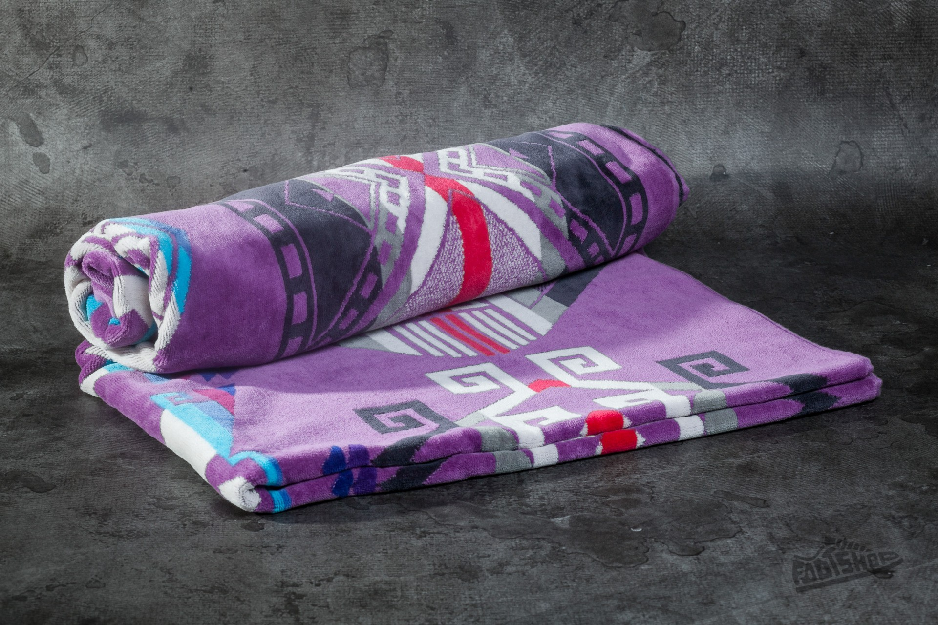 Pendleton Purple Hills Jacquard Beach Towel Lilac Footshop – FR