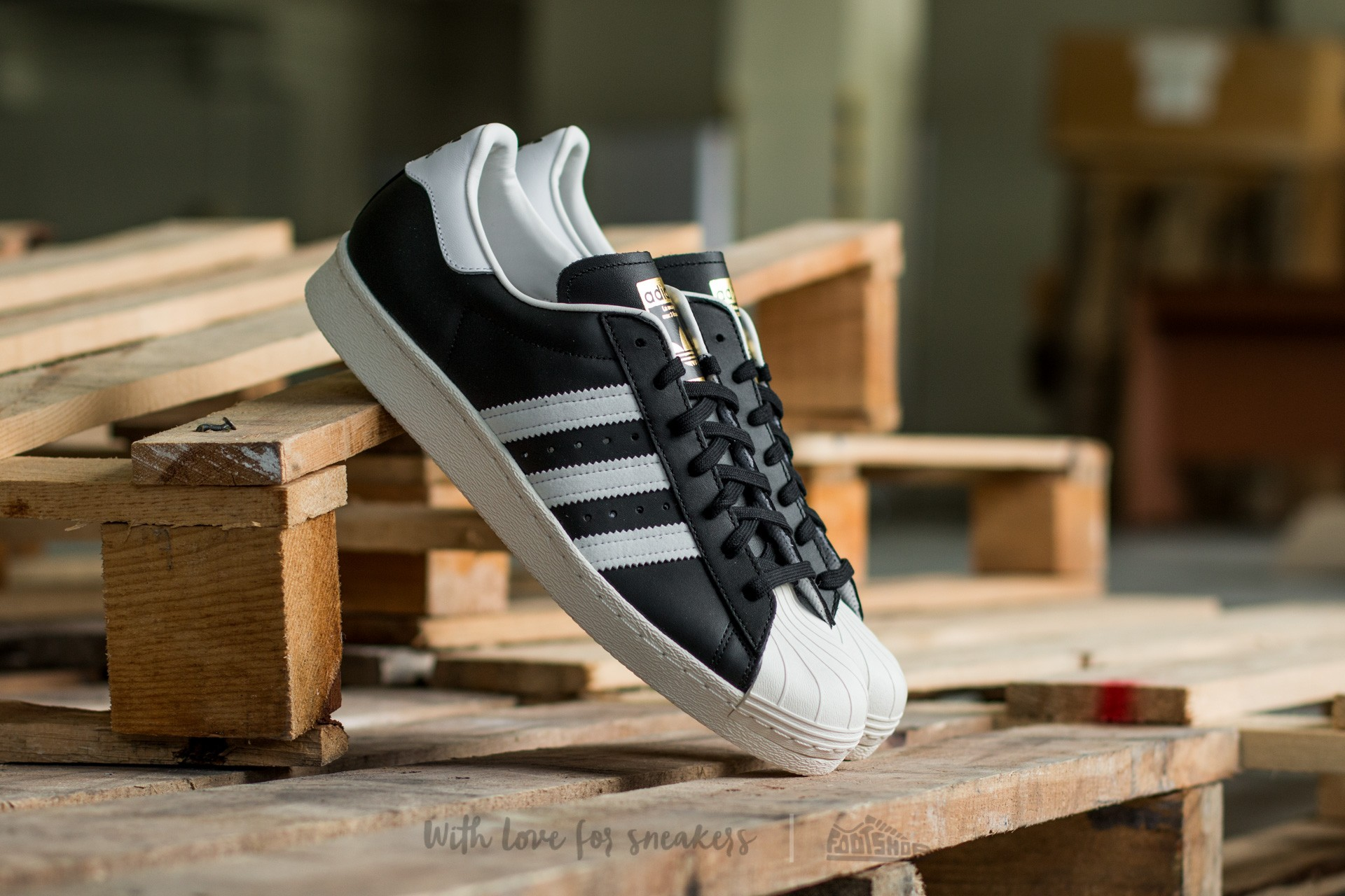 adidas Superstar 80s Black1/Wht/Chalk2