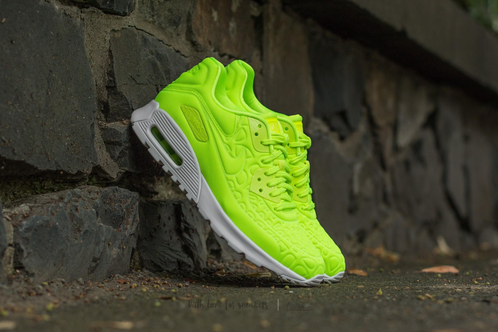 Nike Wmns Air Max 90 Ultra Plush Volt/ Volt-White