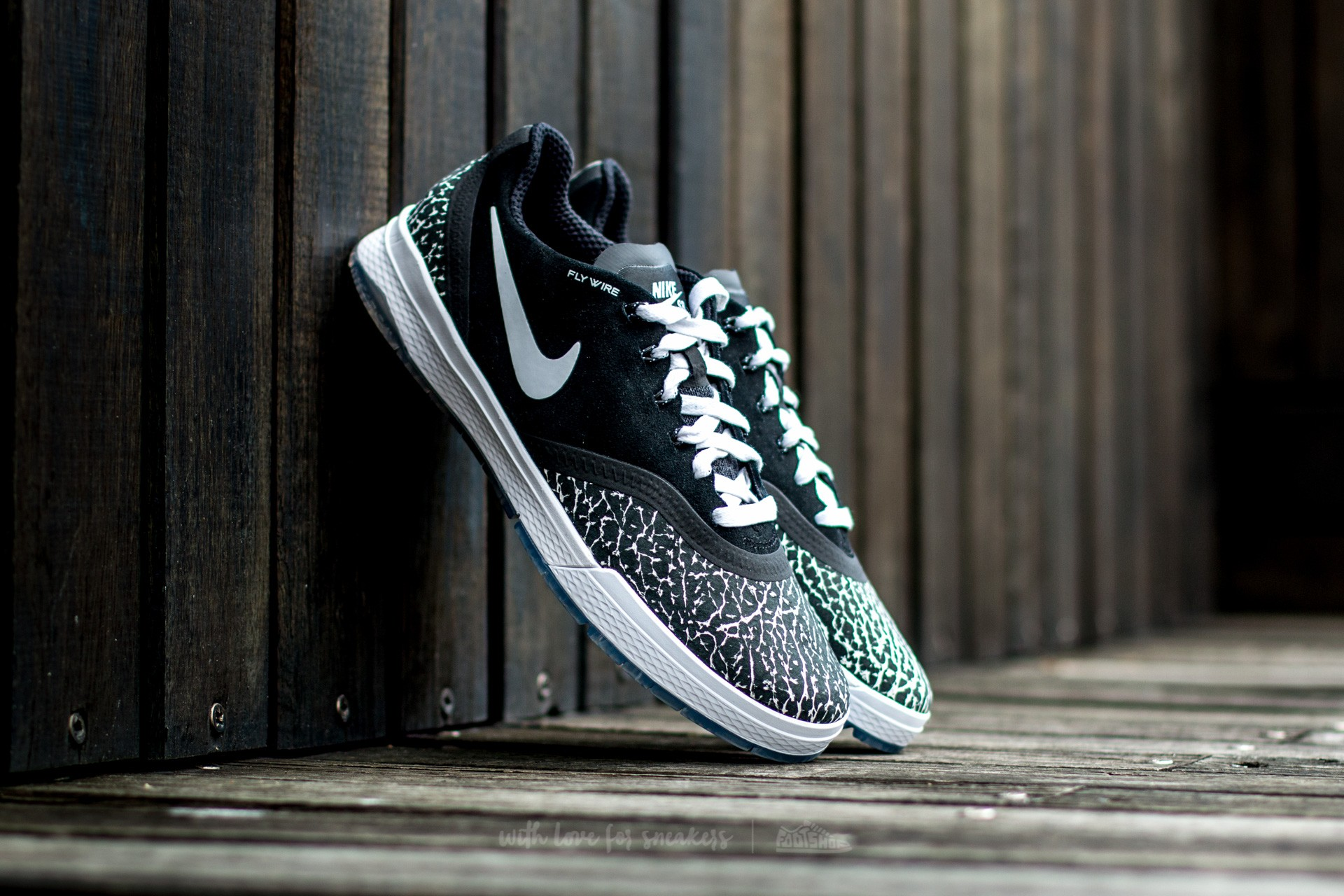 Nike Paul Rodriguez 9 Elite T Black/ White