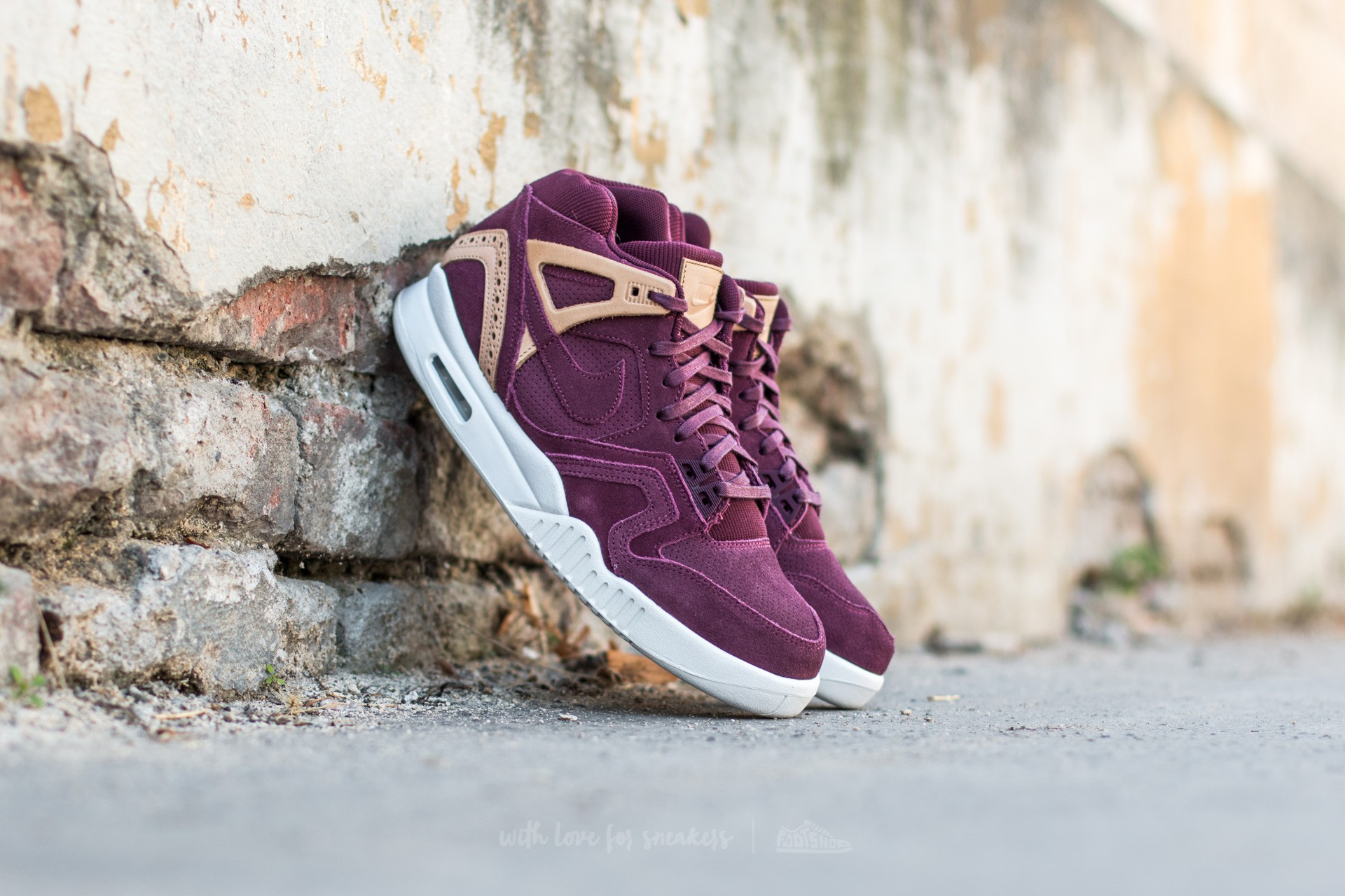 Nike Air Tech Challenge II Night Maroon/ Night Maroon-Vachetta Tan