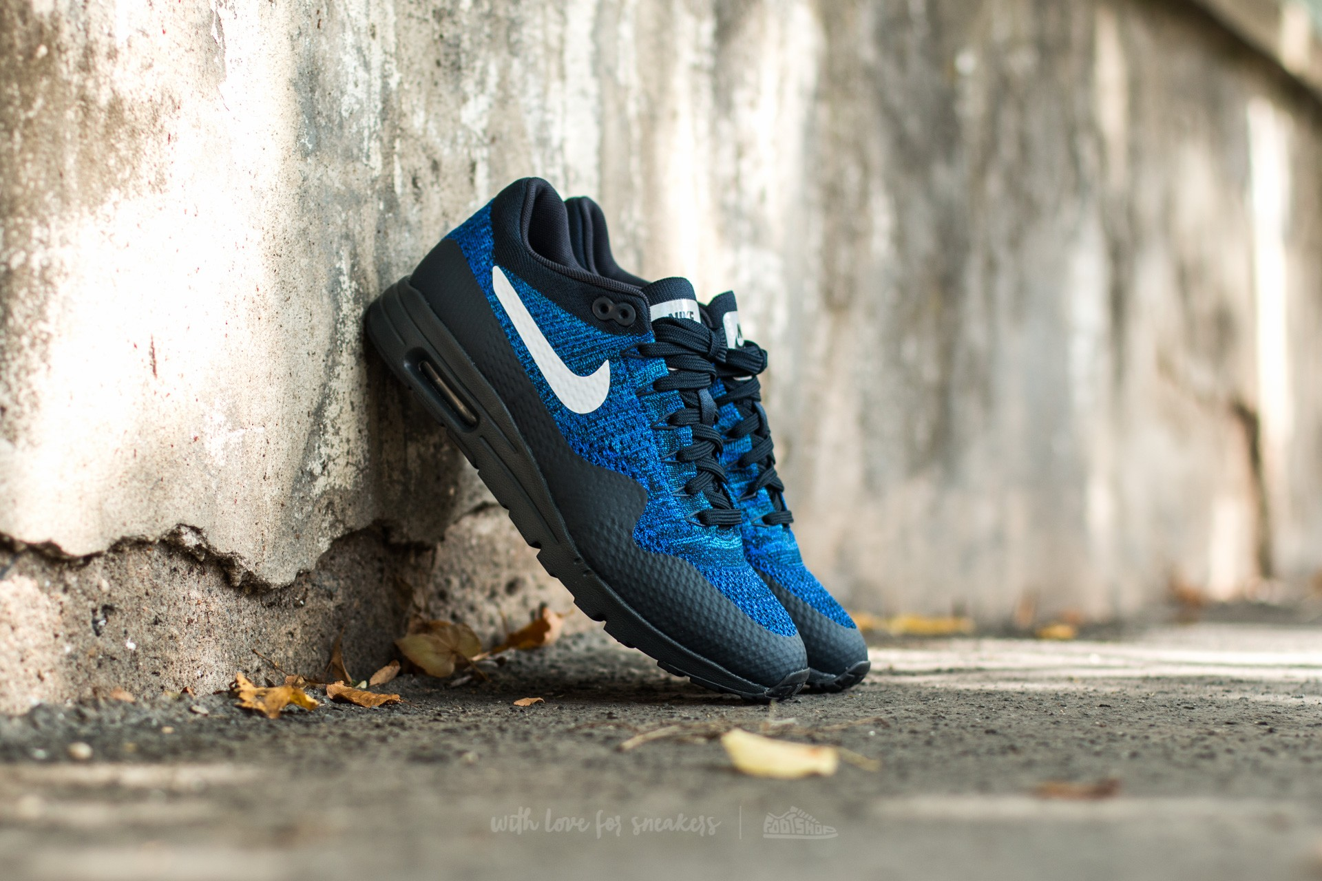 Nike W Air Max 1 Ultra Flyknit Dark Obsidian/ White-Racer Blue-Photo Blue