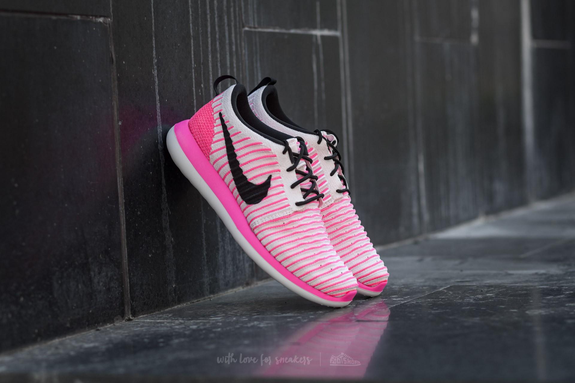 Nike Roshe Two Flyknit (GS) Pearl Pink/ Black-Pink Blast-White
