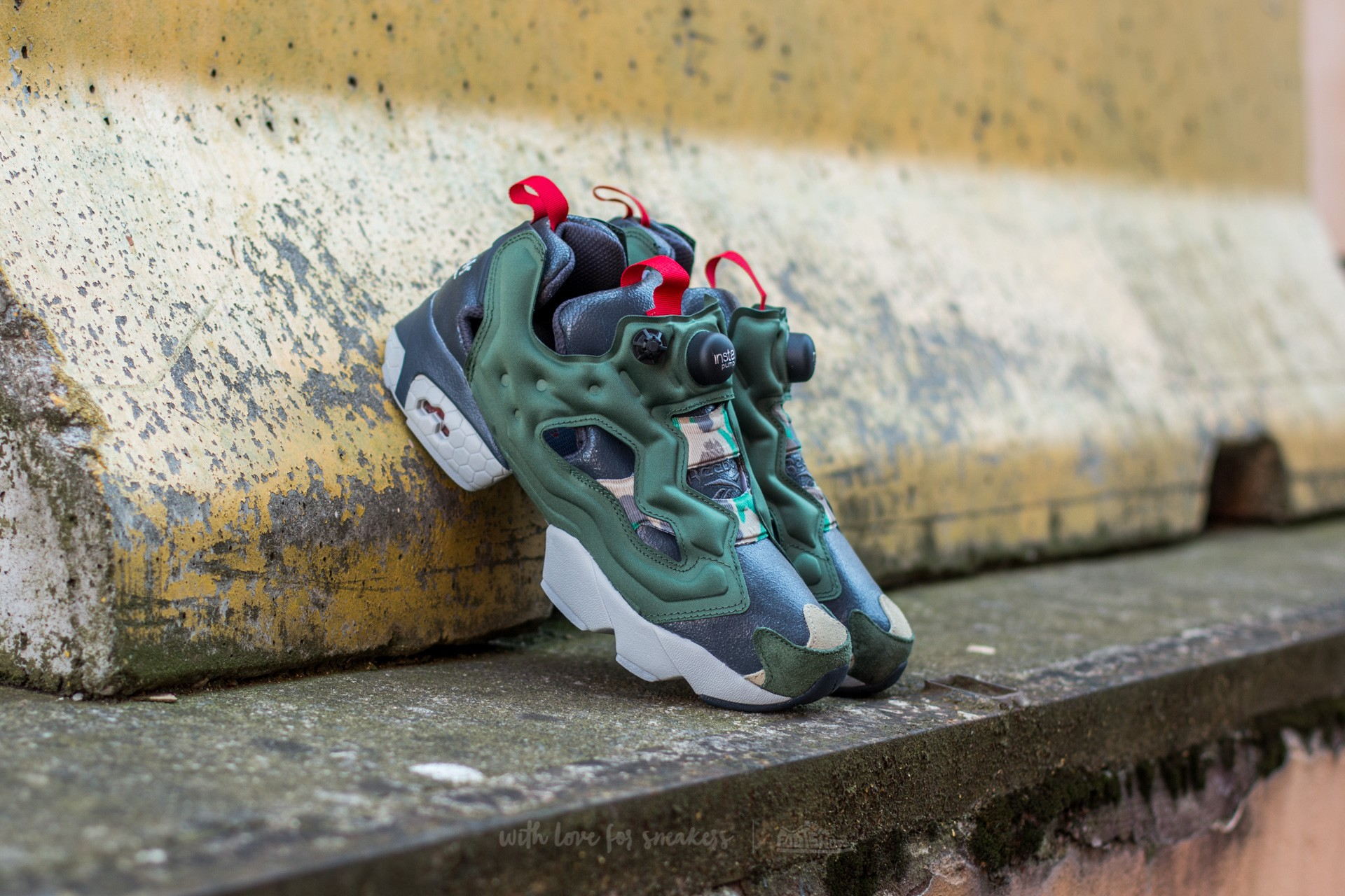 Reebok Instapump Fury OG Villain Pack Black/ Green/ Grey