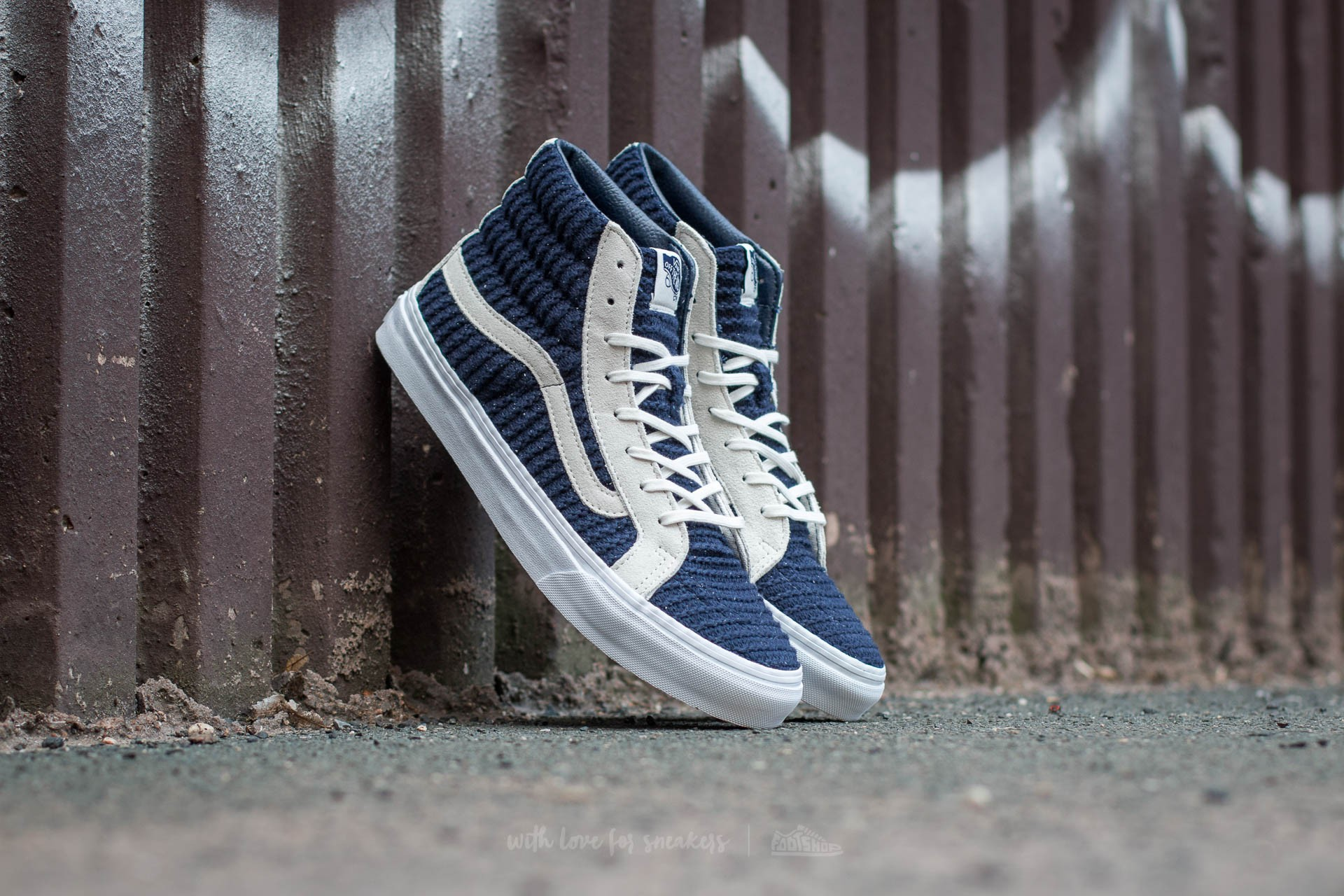 Vans Sk8-Hi Slim (Suede/ Woven) Navy Blue/ True White