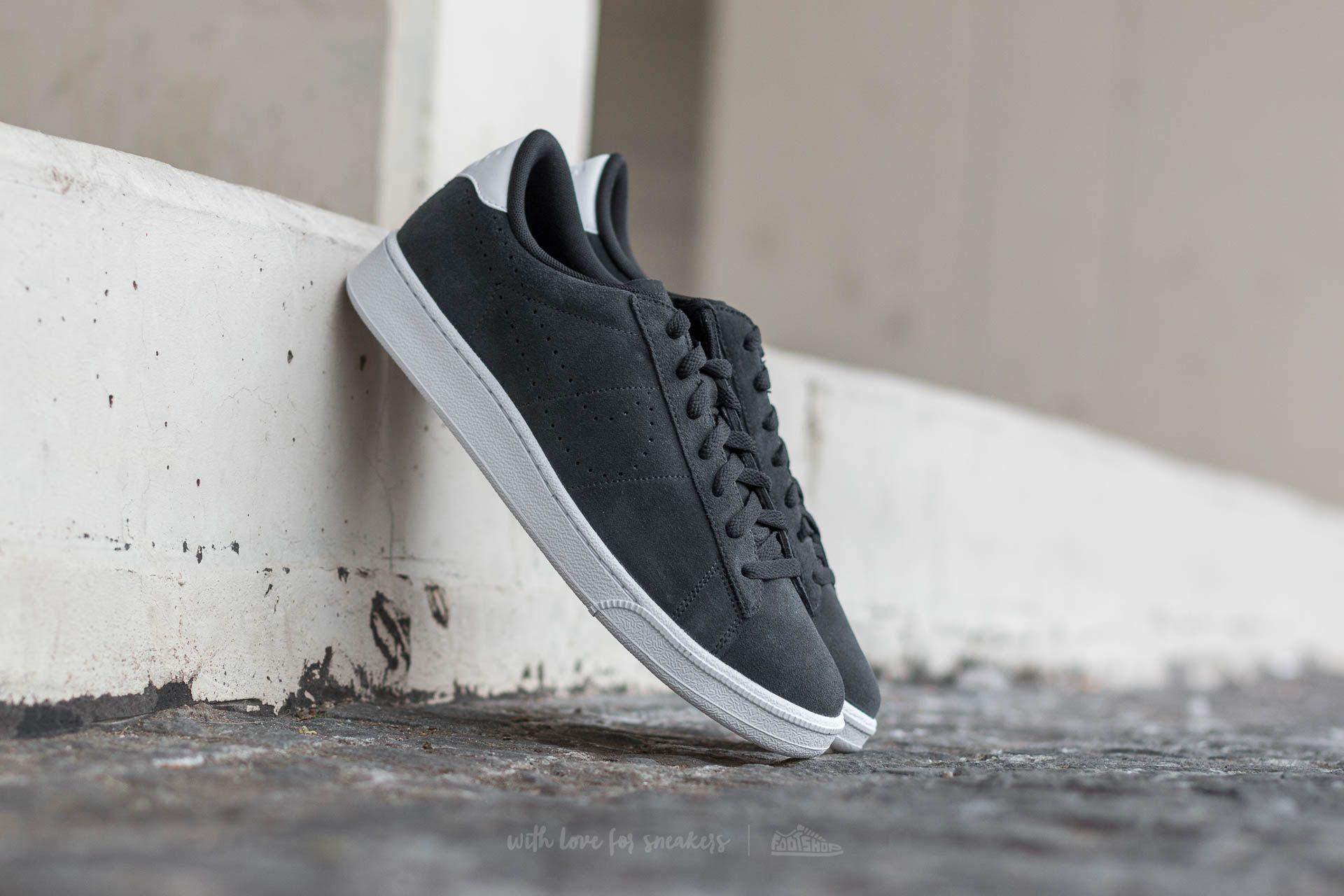 Nike Tennis Classic CS Suede Black/ Black-White