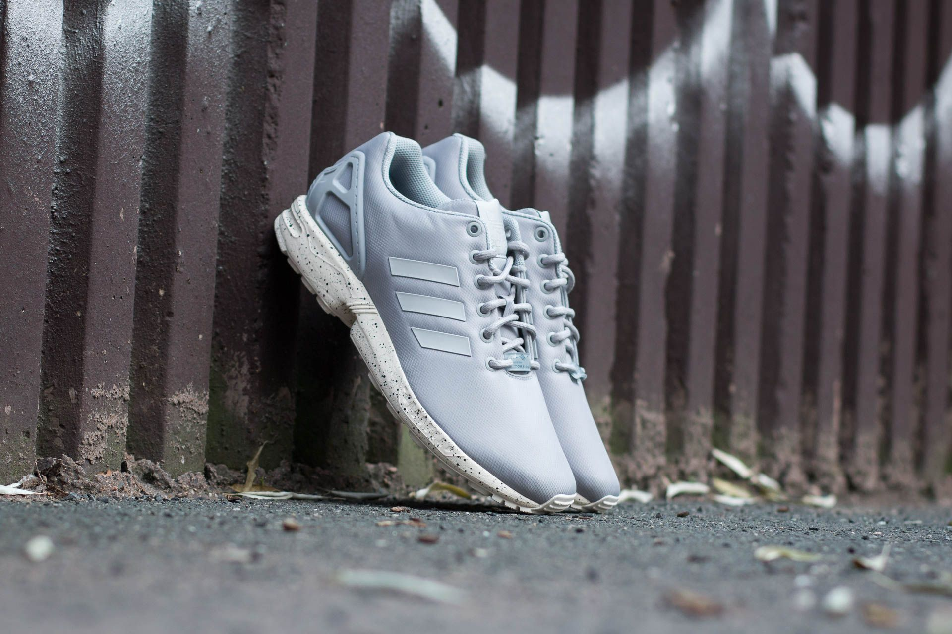 adidas ZX Flux Clear Onix/ Grey/ Chalk White Footshop – FR
