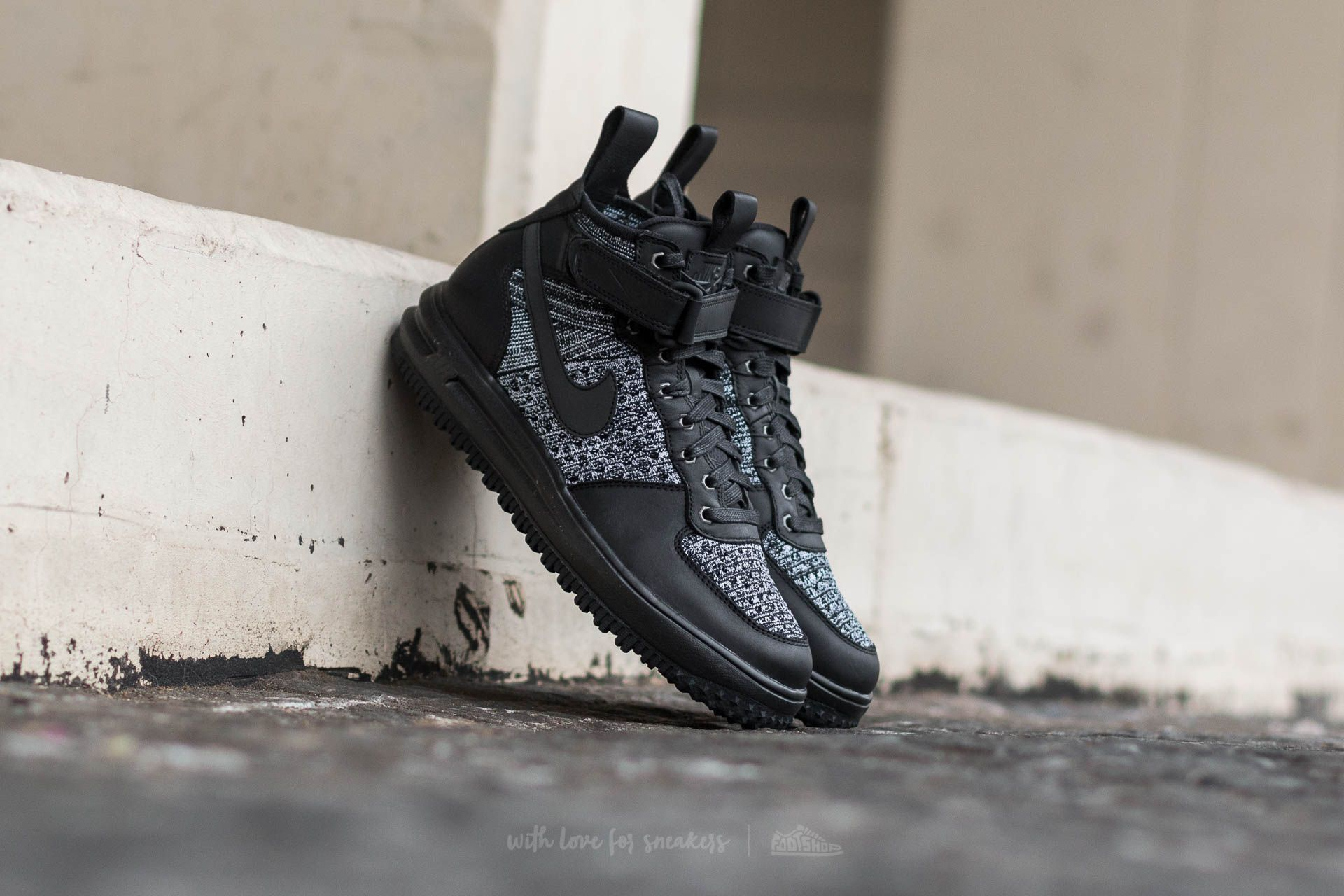 Nike W Lunar Force 1 Flyknit Workboot Black/ Black-White-Cool Grey Footshop – FR