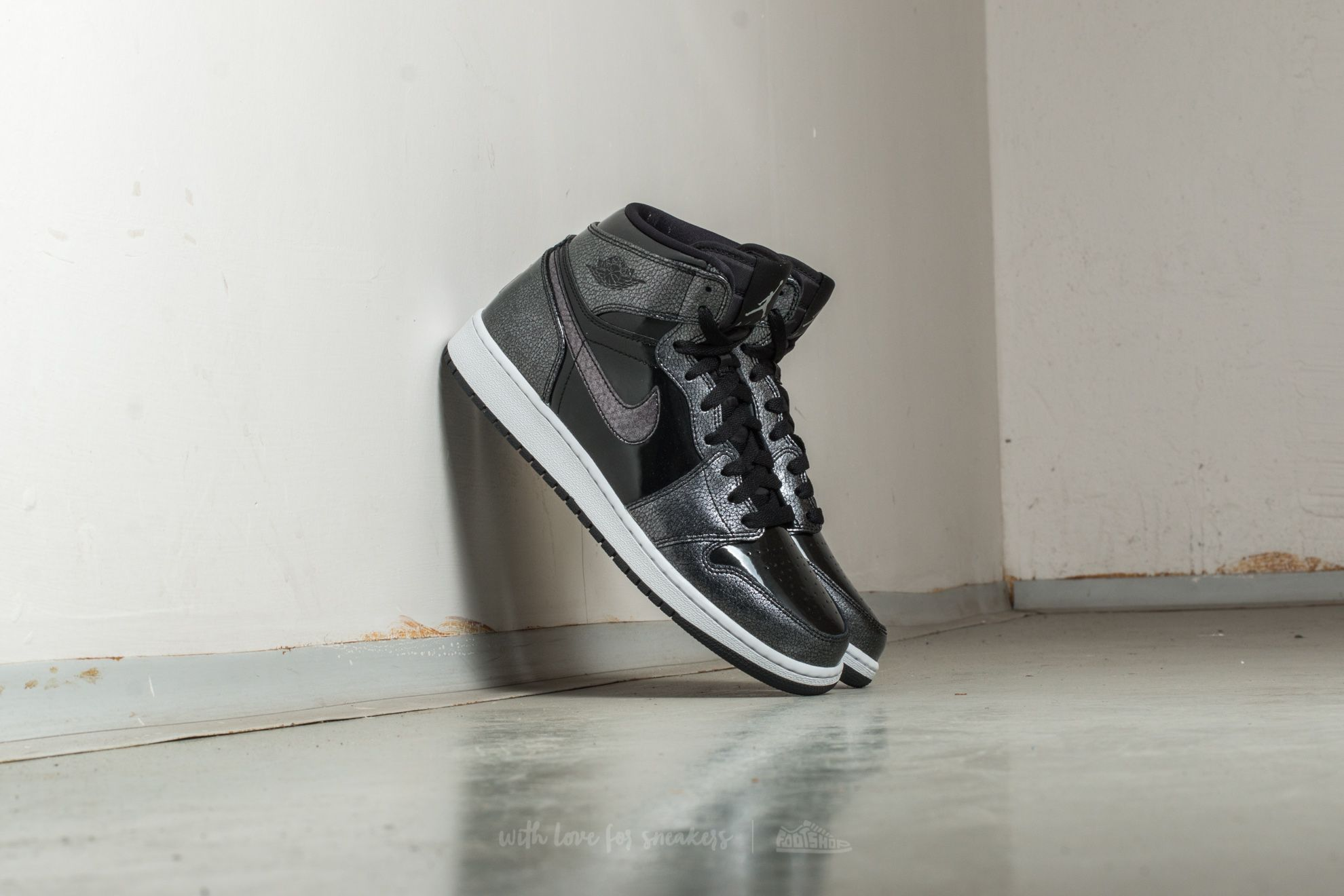 Air Jordan 1 Retro High (BG) Black/ Black-White Footshop – FR
