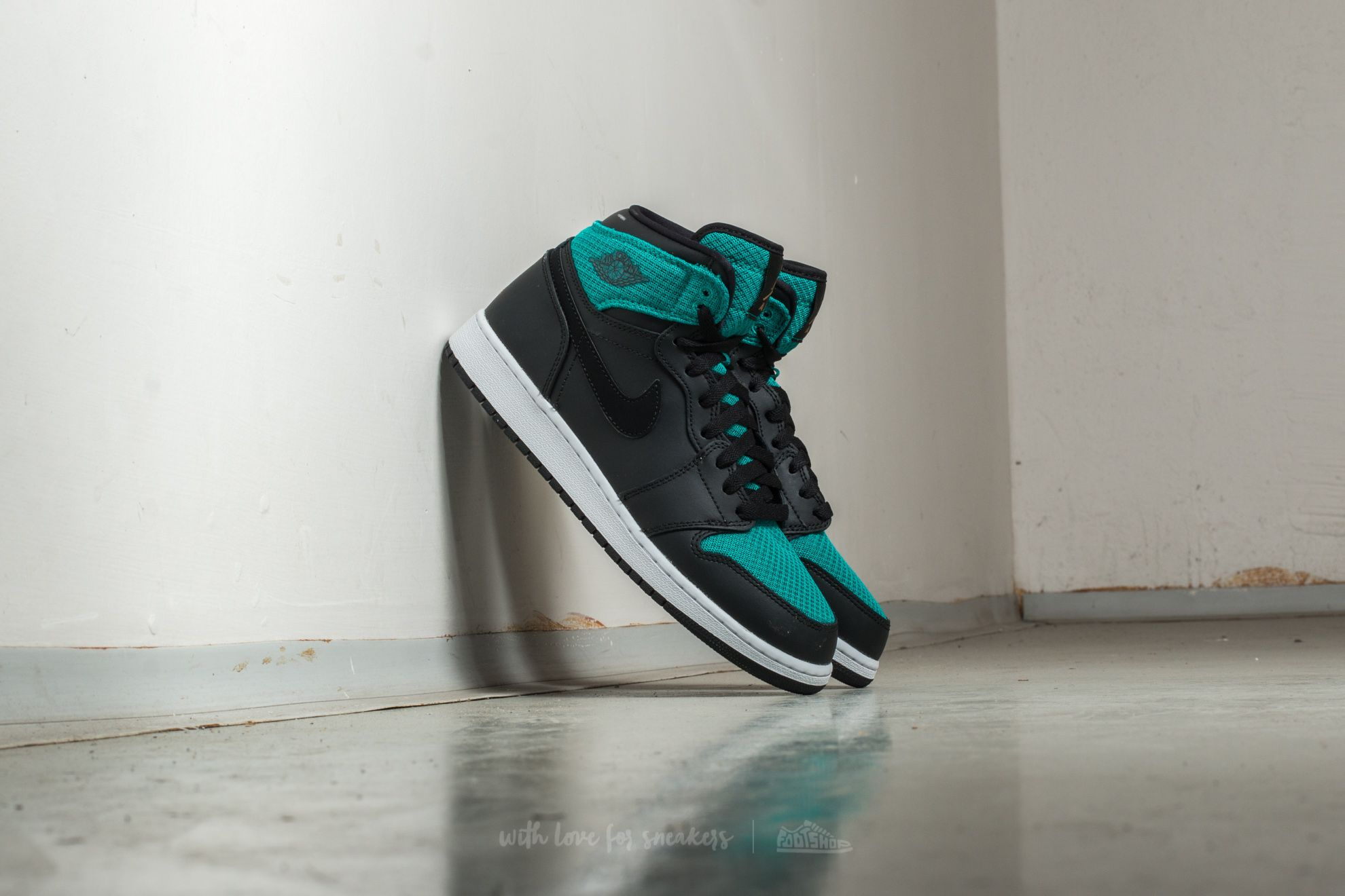 Air Jordan 1 Retro High (GG) Black/ Metallic Gold-Rio Teal
