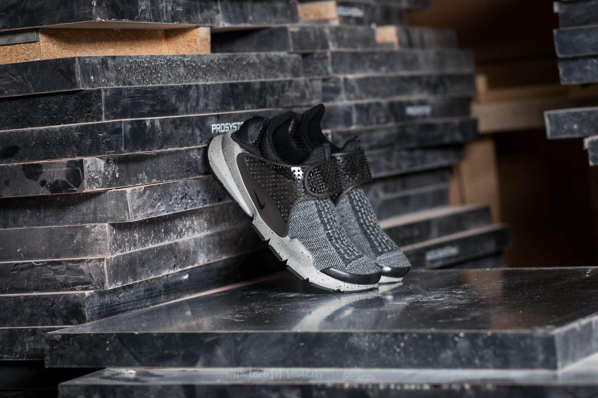 Nike Sock Dart SE Premium Black/ White-University Red