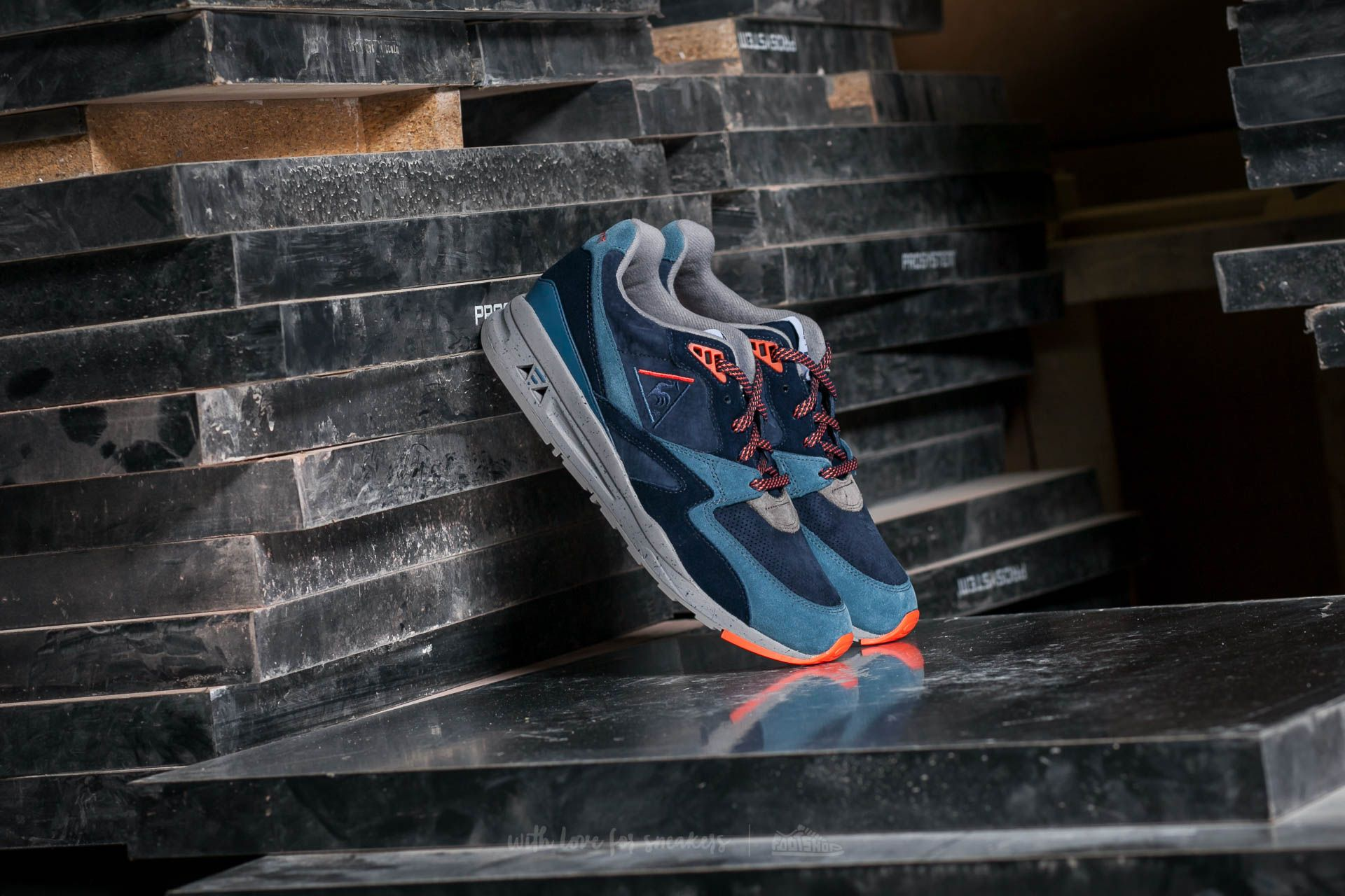 Le Coq Sportif R 800 90´S Outdoor Dress Blue/ Tigerl