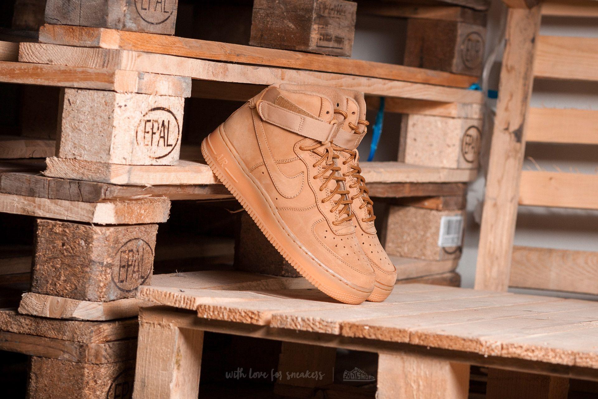 Nike Air Force 1 High LV8 (GS) Flax/ Flax-Outdoor Green