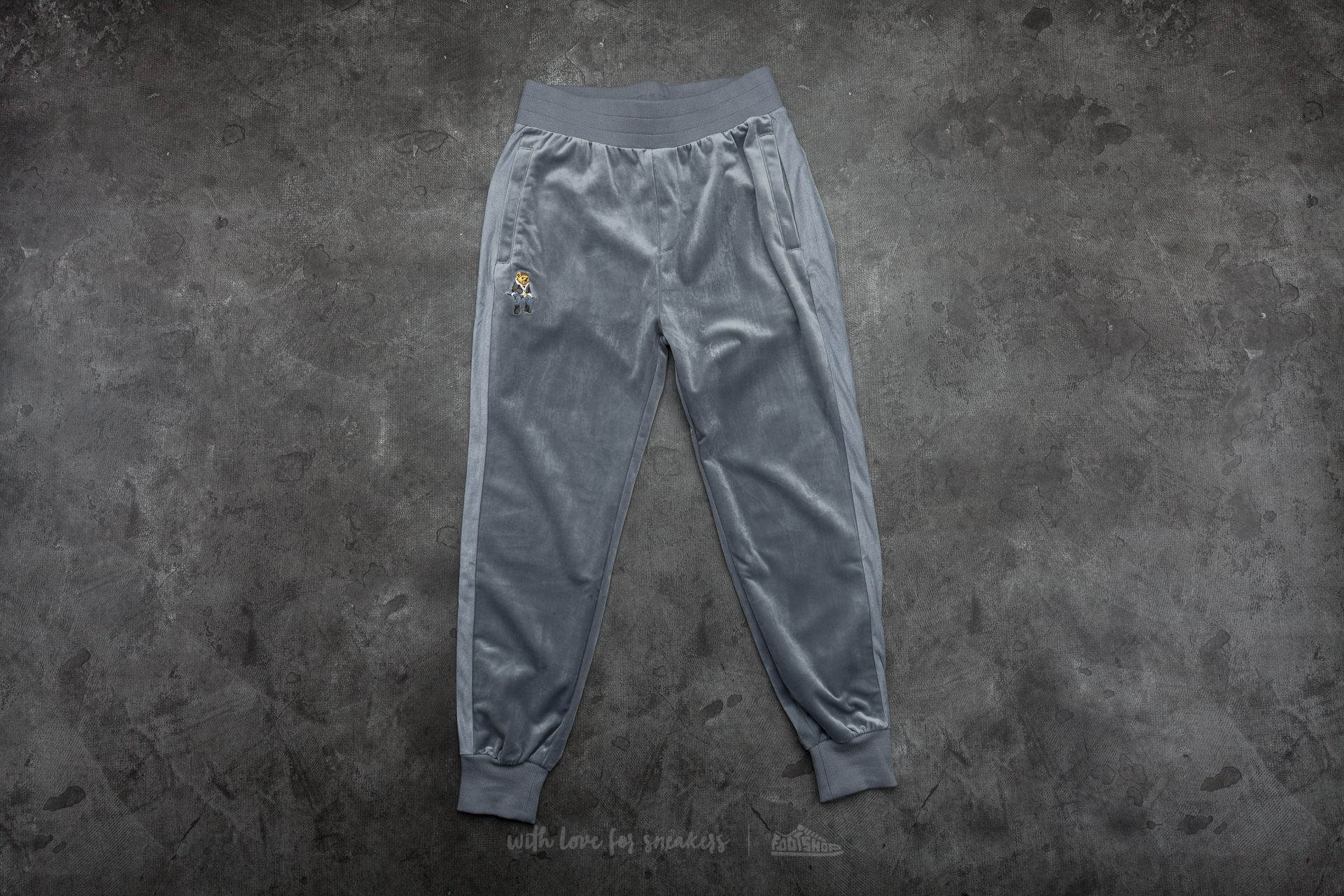 Cayler & Sons WL CHMPGN DRMS Trackpants Grey Velour/ Multicolor