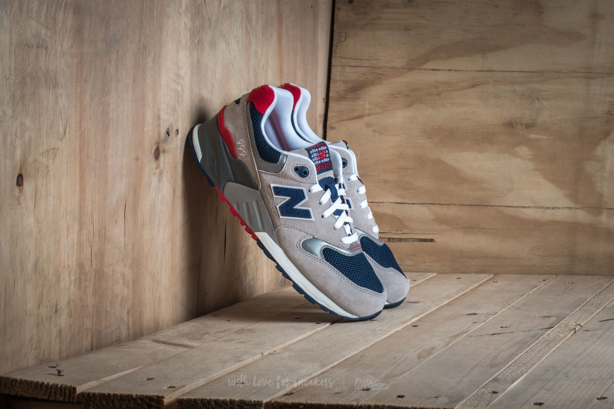 New Balance ML999AE Grey