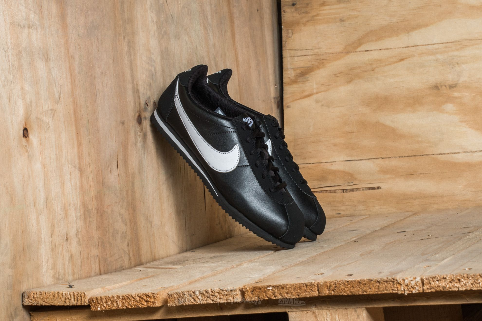Nike Cortez (GS) Black/ White