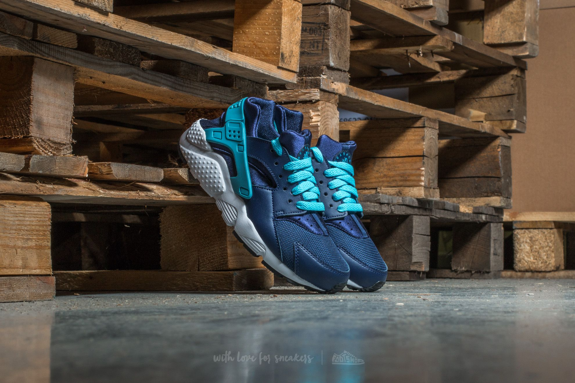 Nike Huarache Run (GS) Binary Blue/ Vivid Sky-White