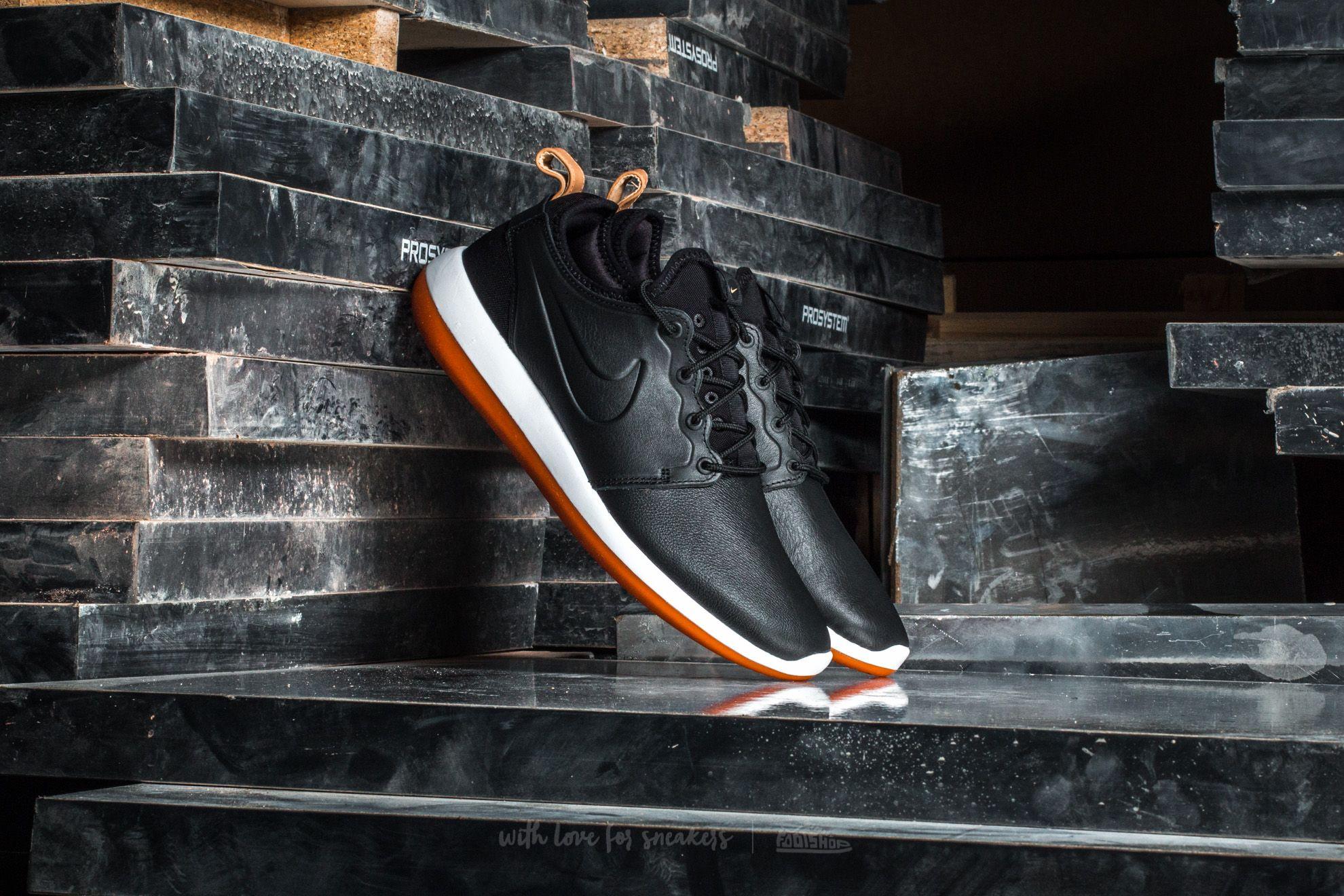 Nike Roshe Two Leather Premium Black/ Black-White