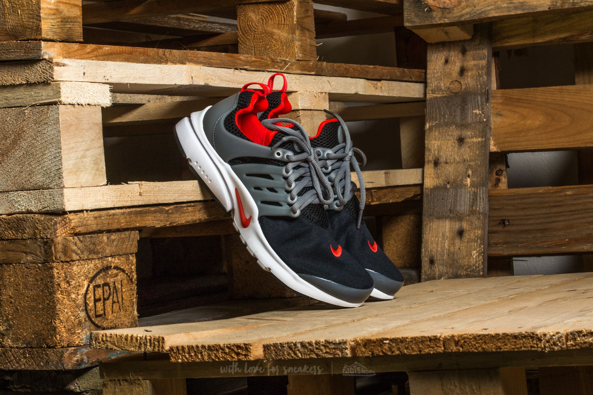 Nike Presto (GS) Black/ Max Orange-Cool Grey