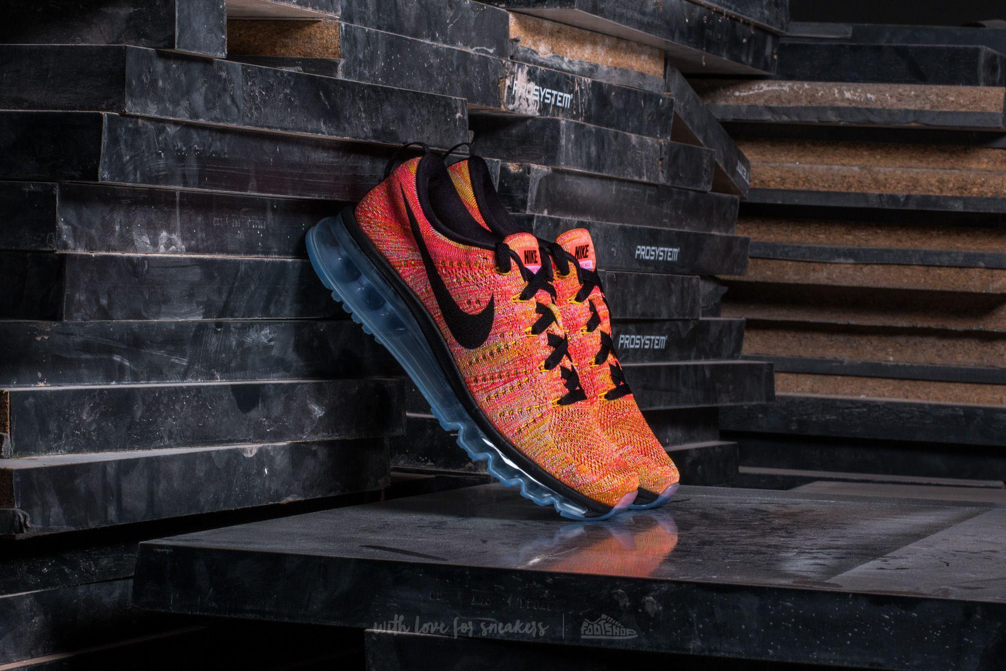 Nike Wmns Flyknit Max Aluminum/ Black-Hot Punch