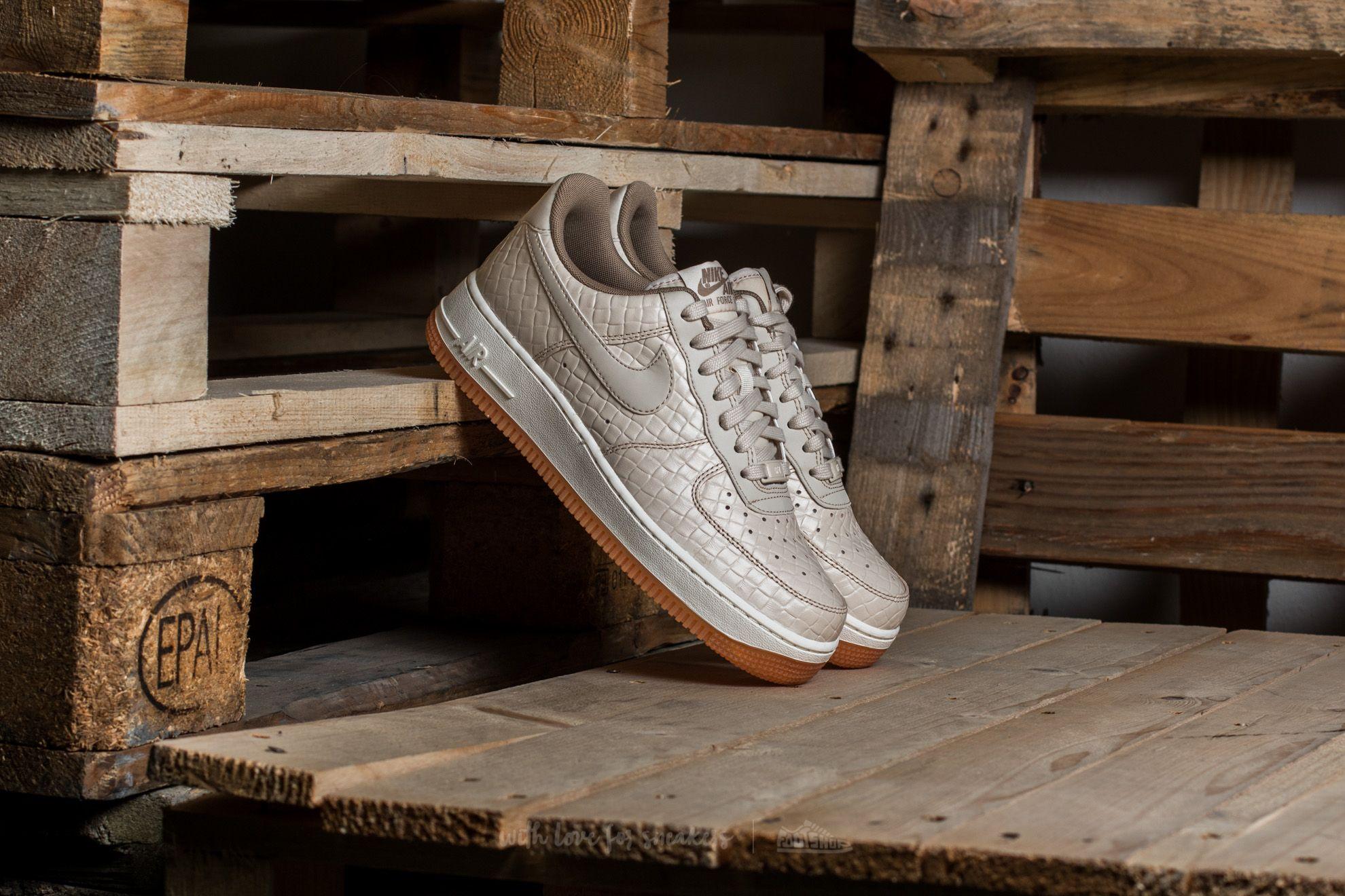 Nike Wmns Air Force 1 '07 Premium Oatmeal/ Oatmeal-Khaki-Sail