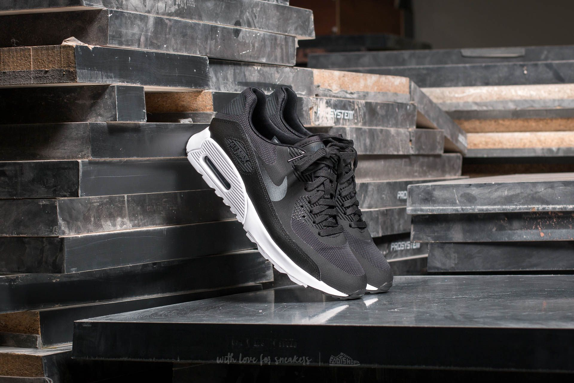 Nike Wmns Air Max 90 Ultra 2.0 Black/ Metallic Hematite-White Footshop – FR