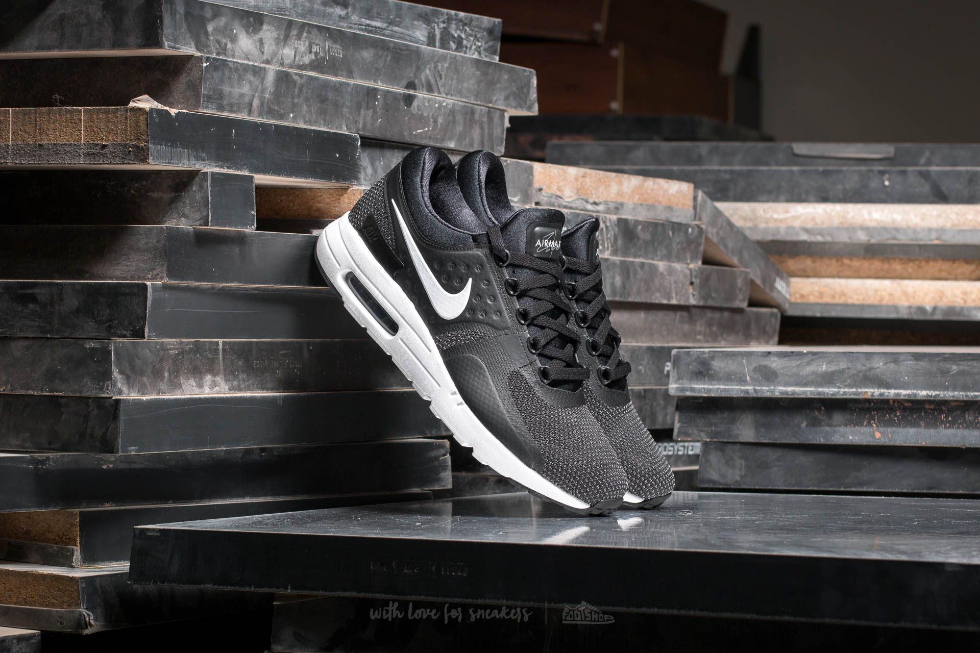 Nike Air Max Zero Essential Black/ White-Dark Grey Footshop – FR