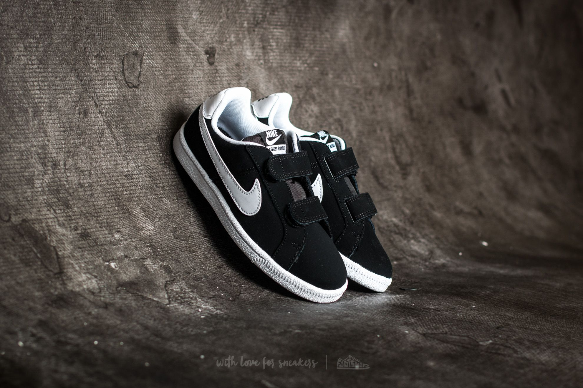 Nike Court Royale (PSV) Black/ White