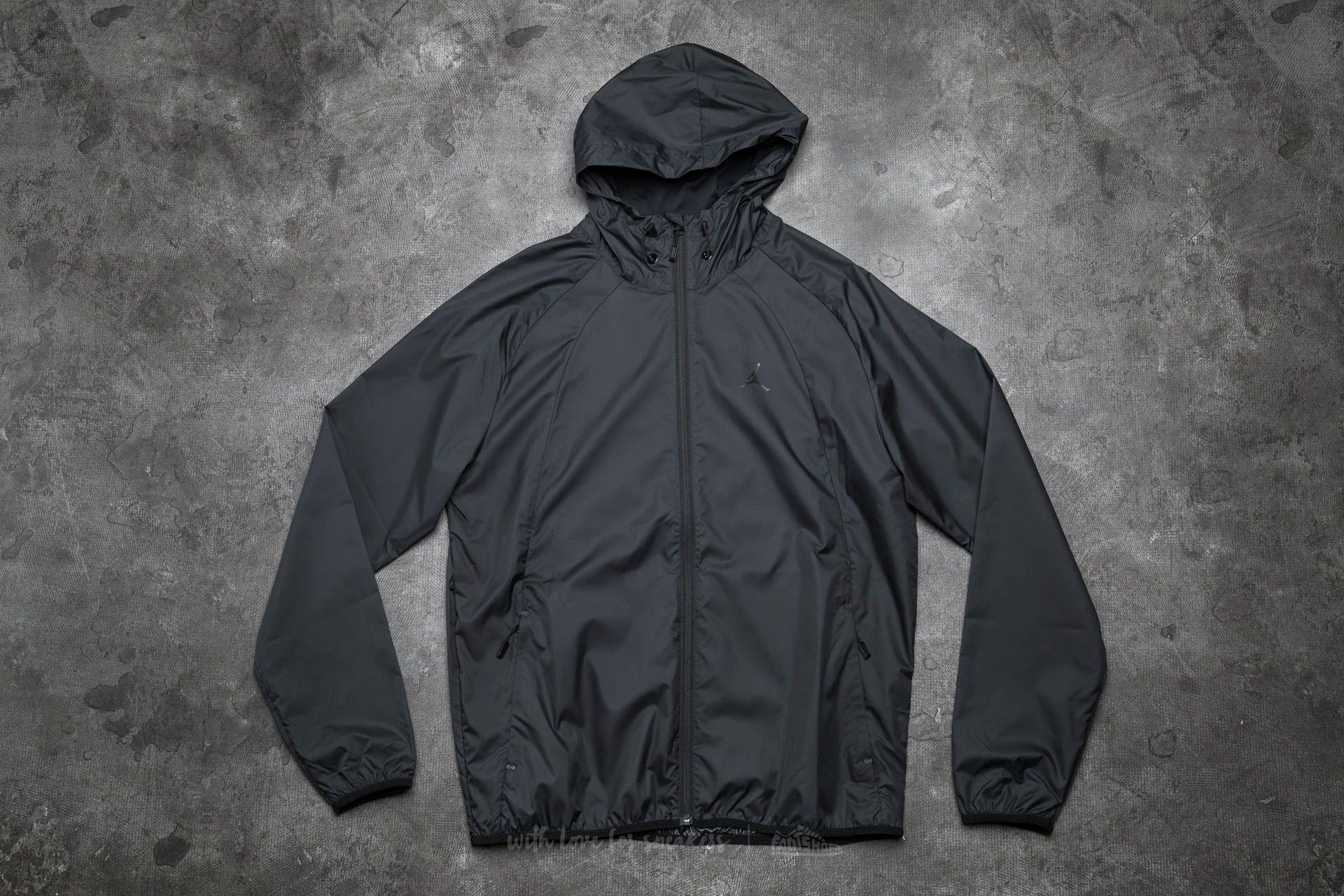 Jordan Sportswear Wings Windbreaker Black