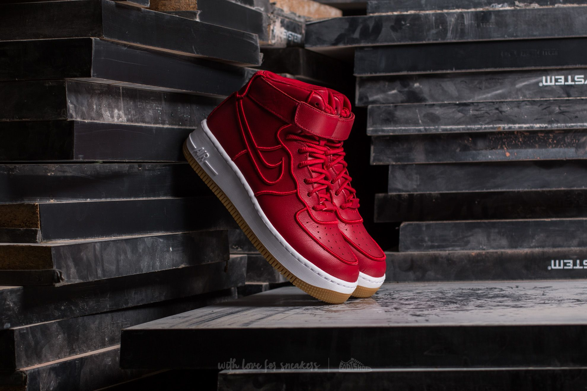 Nike Wmns Air Force 1 Upstep Hi SI Gym Red/ Gym Red-White Footshop – FR