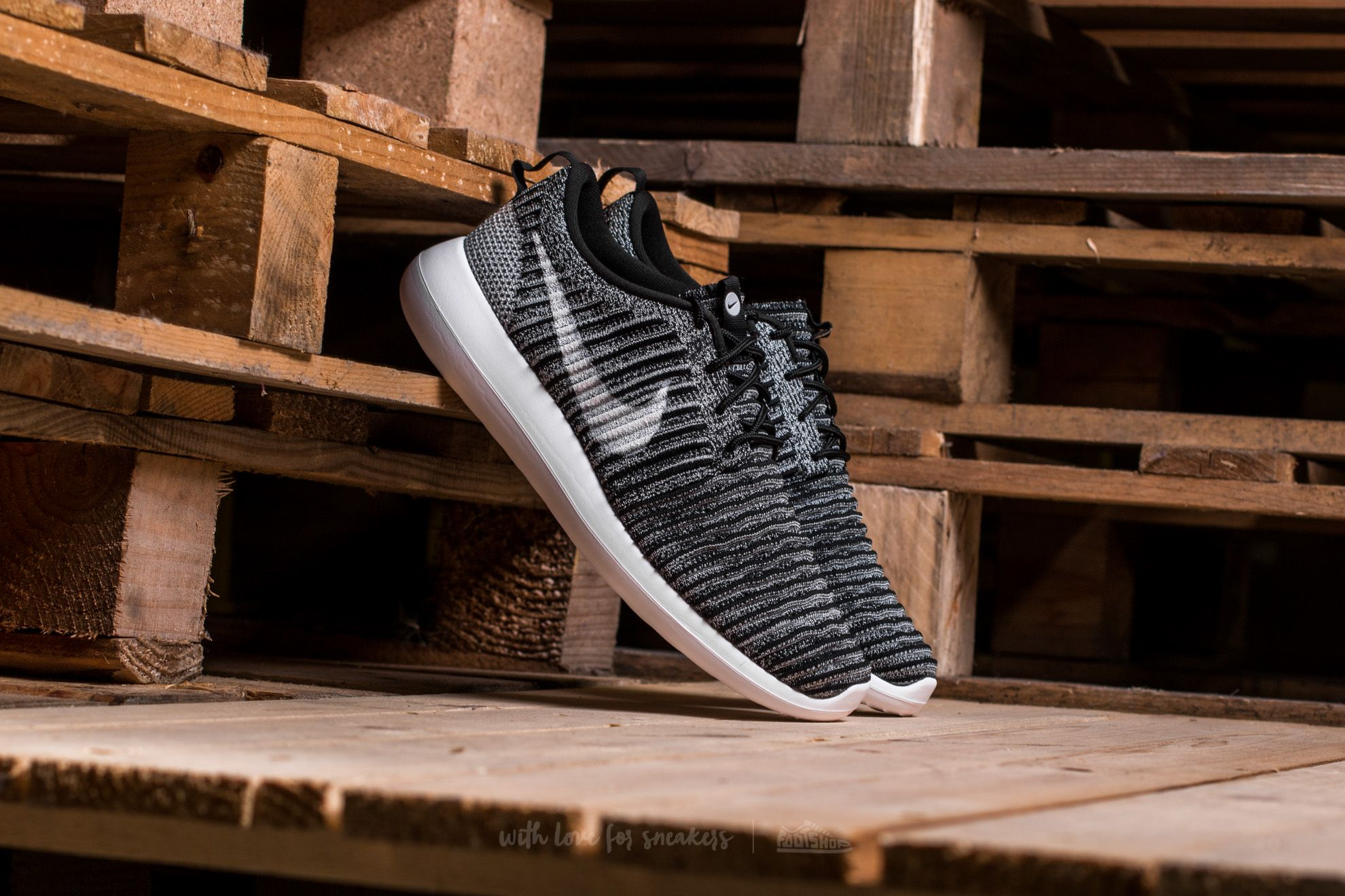 Nike Roshe Two Flyknit Black/ White-Wolf Grey Footshop – FR