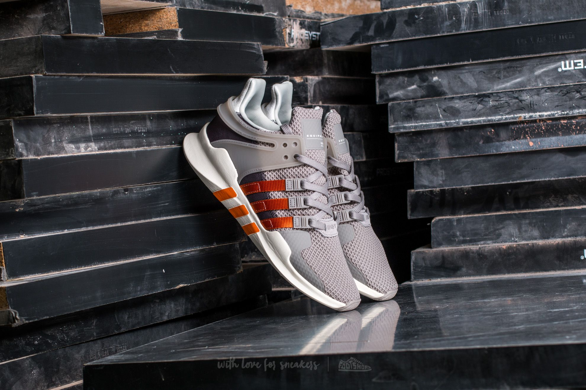 adidas Equipment Support ADV W Core Granite/ Tactile Orange/ Granite