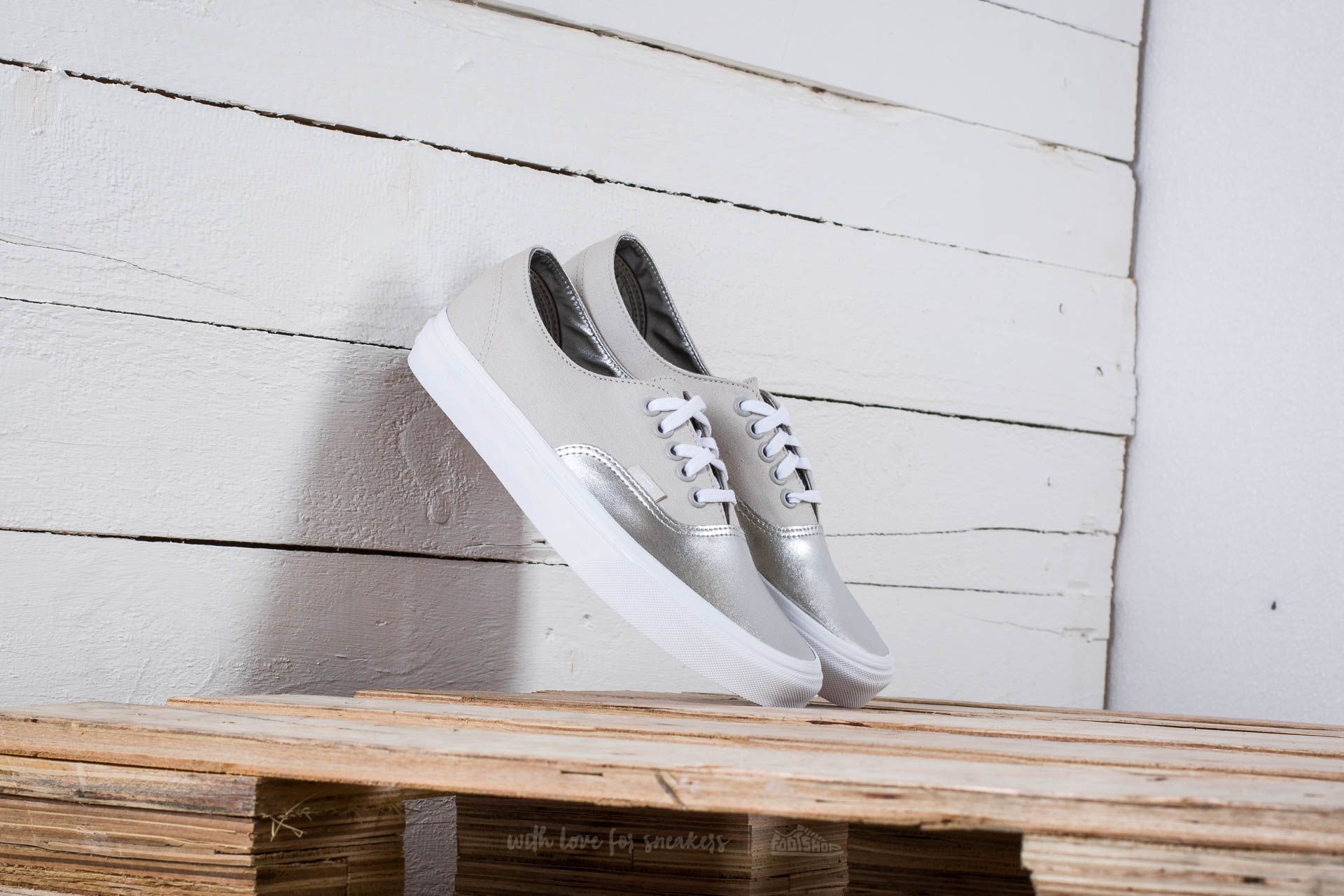 Vans Authentic Decon (Metallic Canvas) Silver Footshop – FR