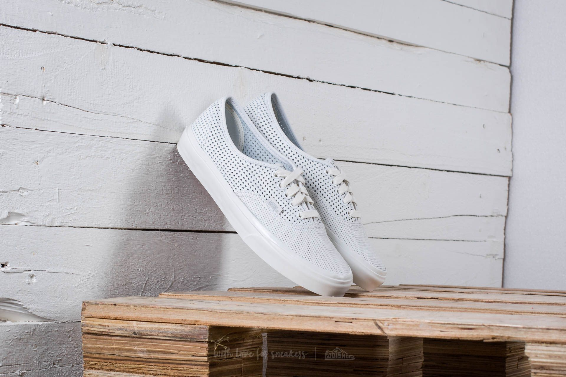 Vans Authentic Dx (Square Perf) Blanc De Black Footshop – FR