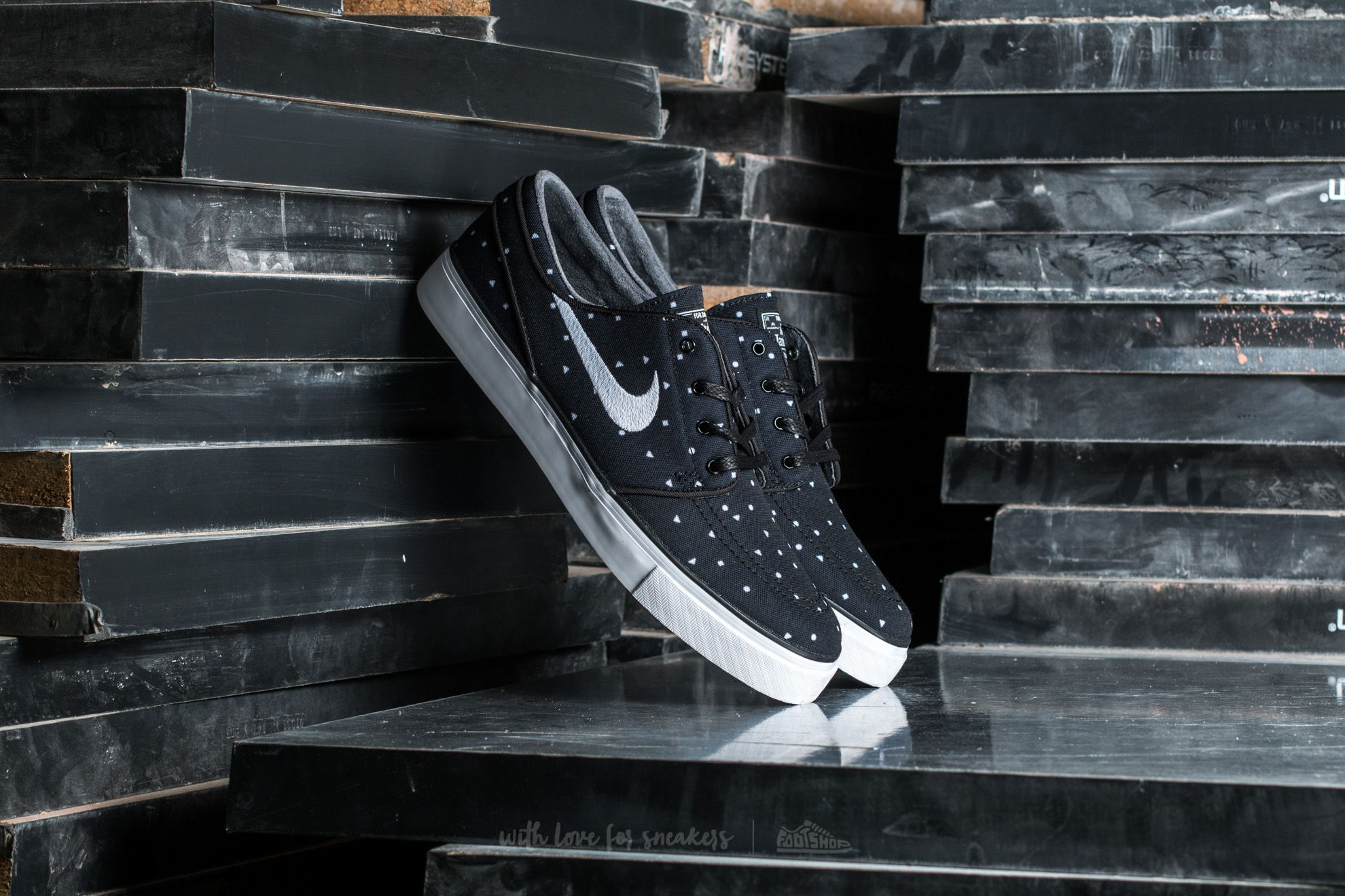 Nike Zoom Stefan Janoski Canvas Premium Black/ White Footshop – FR