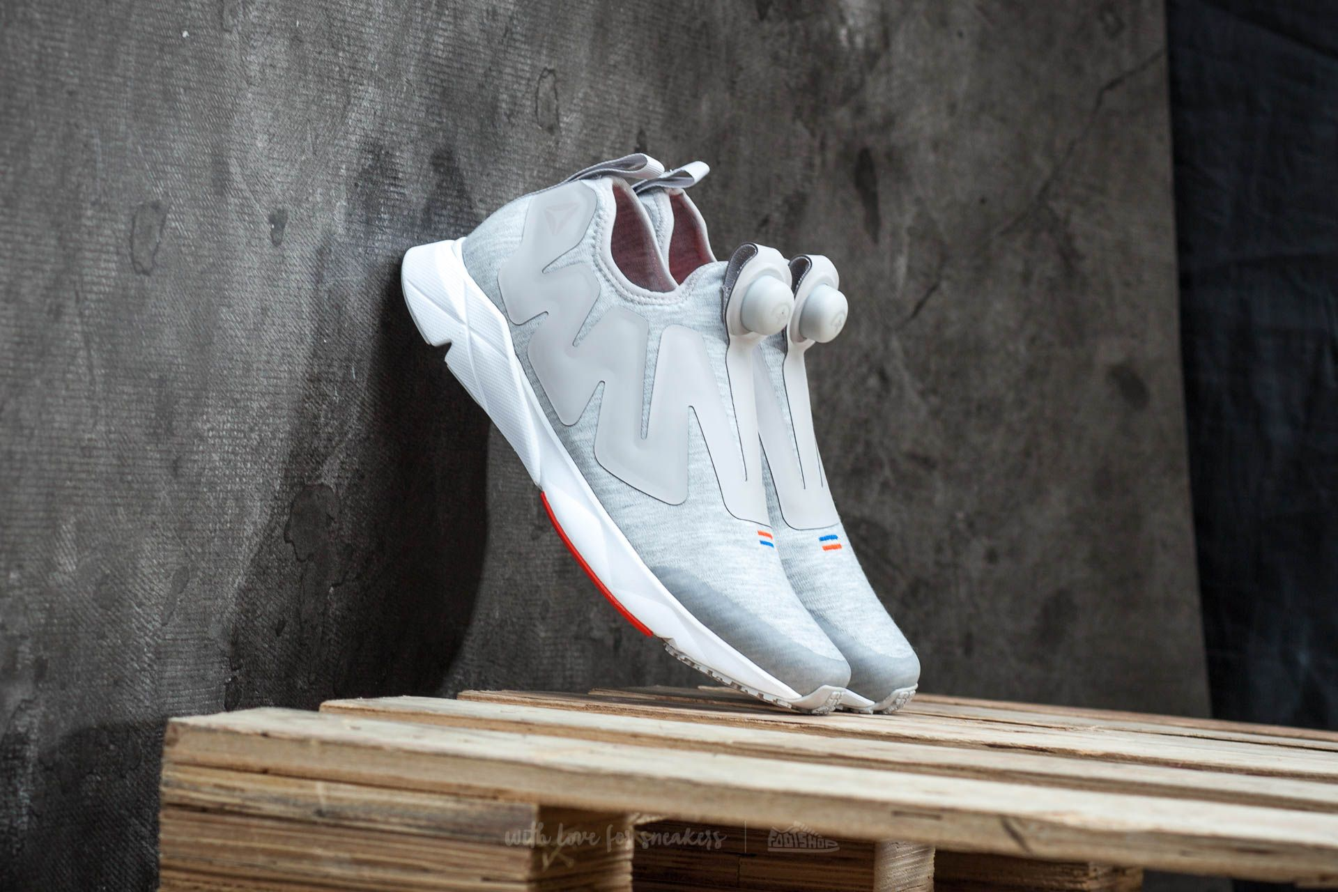 "Reebok Pump Plus Supreme ""Hoodie"" Zinc/ White/ Red/ Blue Footshop – FR"