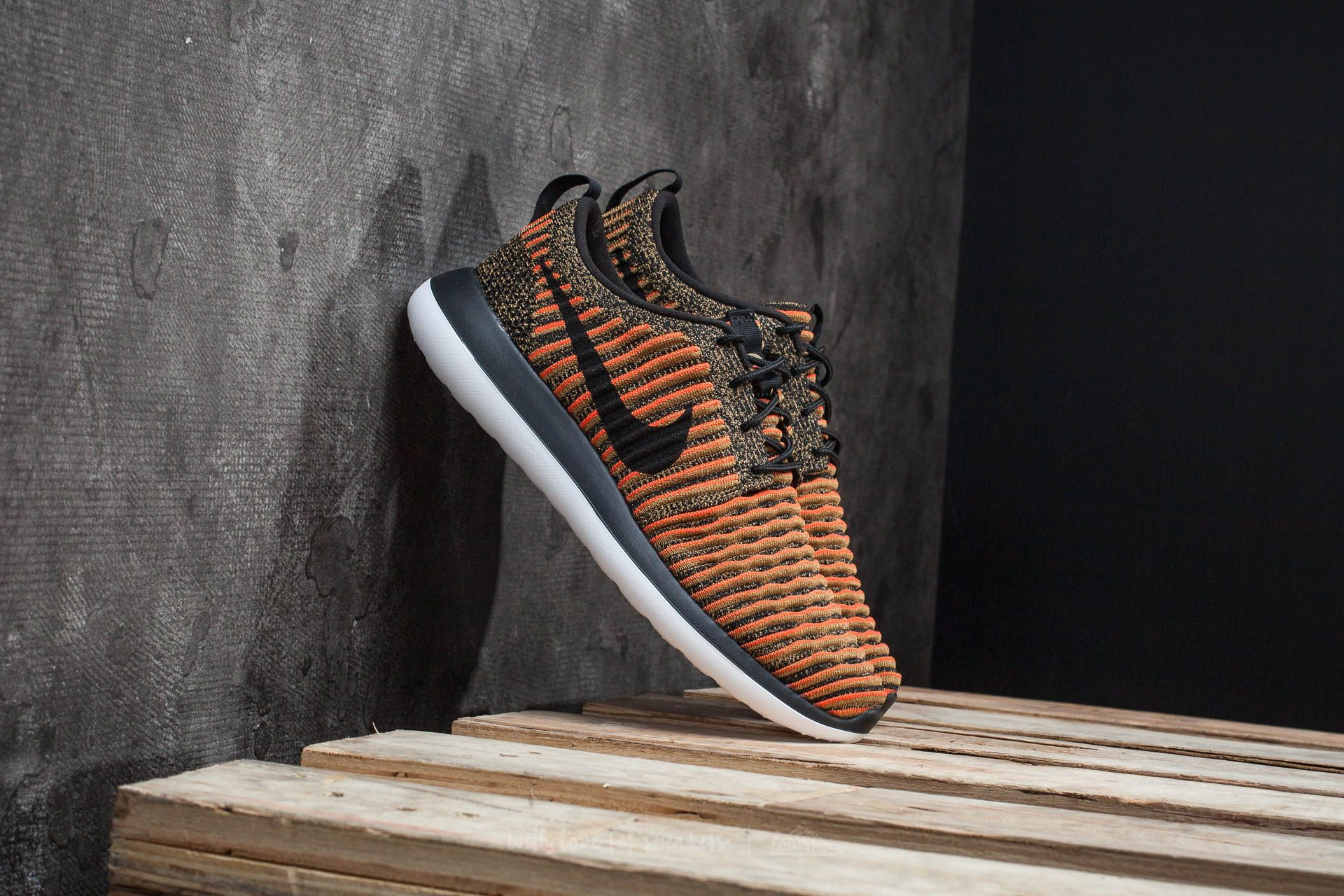 Nike Roshe Two Flyknit Black/ Black-White-Max Orange Footshop – FR