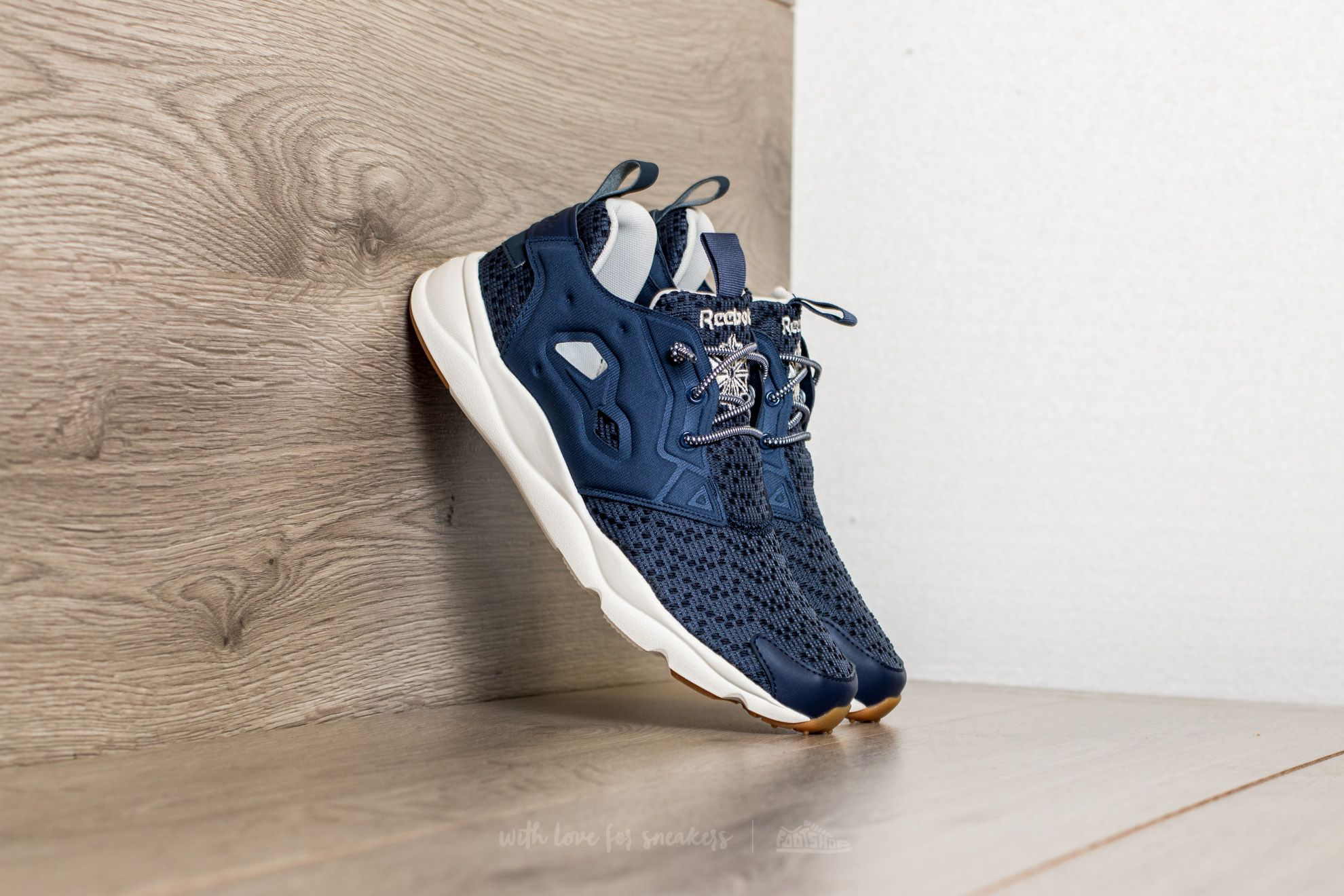 Reebok Furylite Off TG Blue Ink/ Chalk/ Gum Footshop – FR