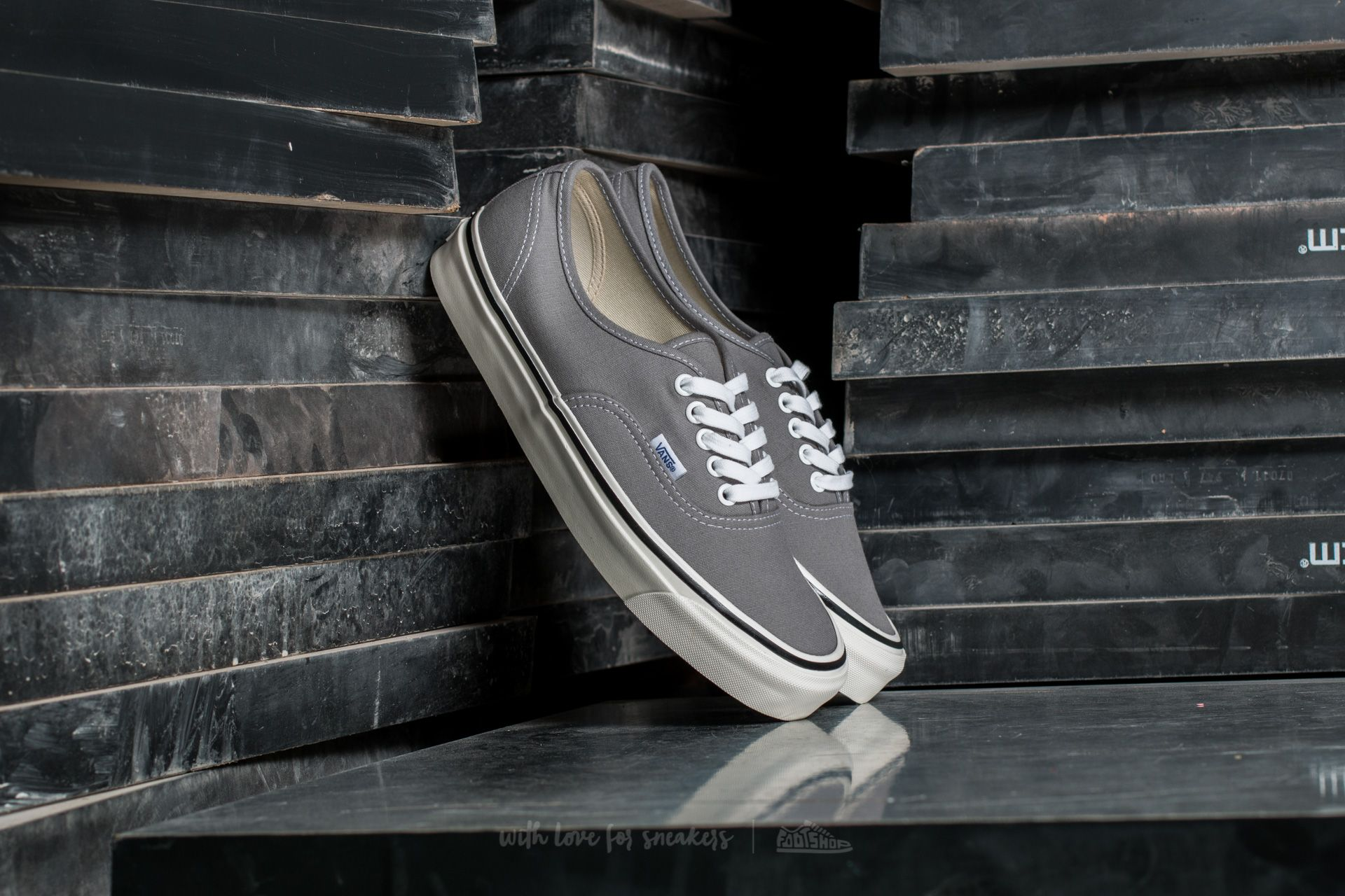 Vans Authentic 44 DX (Anaheim Factory) Light Grey Footshop – FR