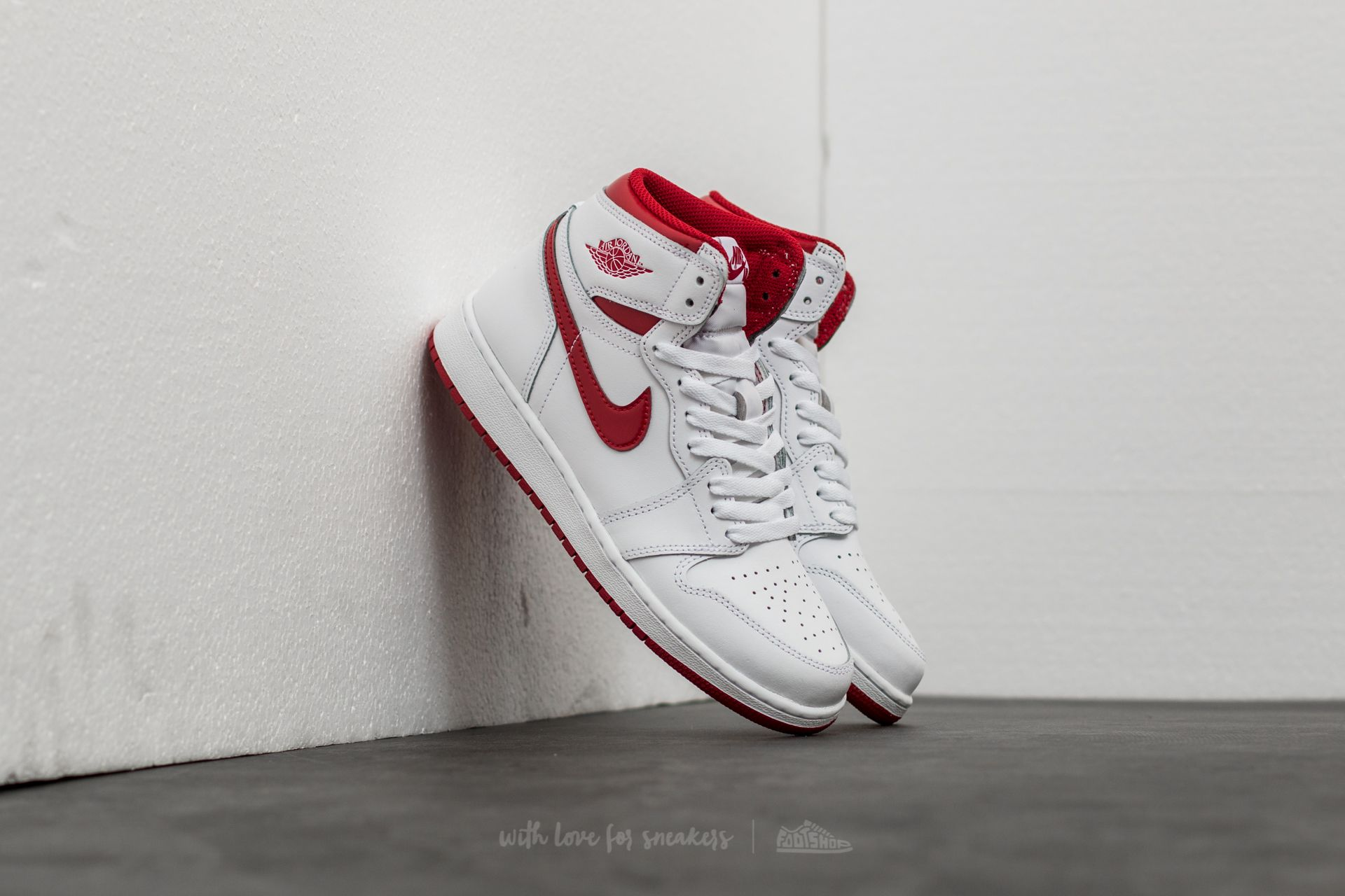 Air Jordan 1 Retro High OG BG 'Metallic Red' White/ Varsity Red Footshop – FR