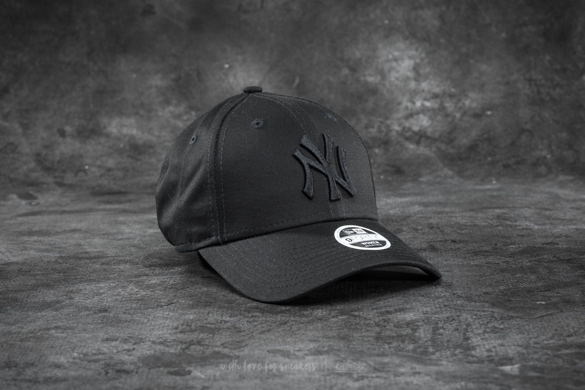 New Era 9Forty Women Adjustable Essential New York Yankees Cap Black Footshop – FR